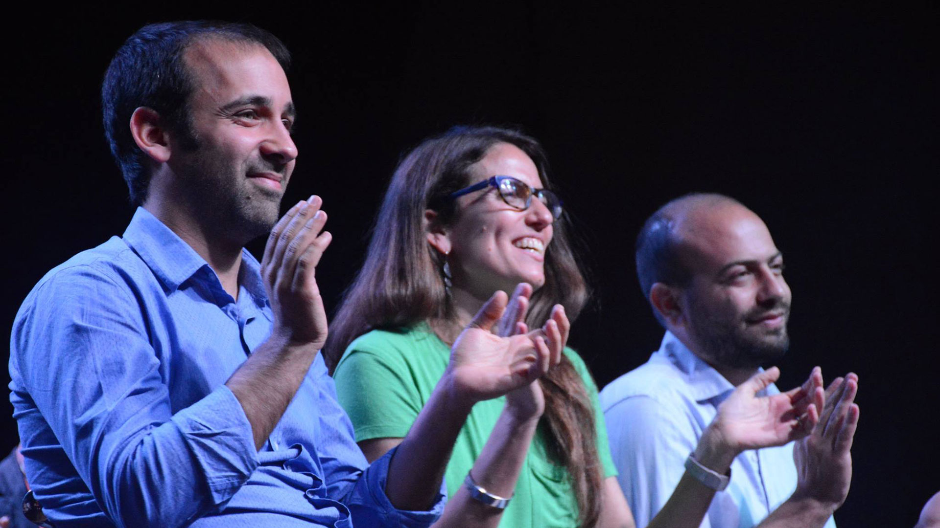 De izquierda a derecha: Itai Hagman, Elizabeth Gómez Alcorta y Jonathan Thea.
