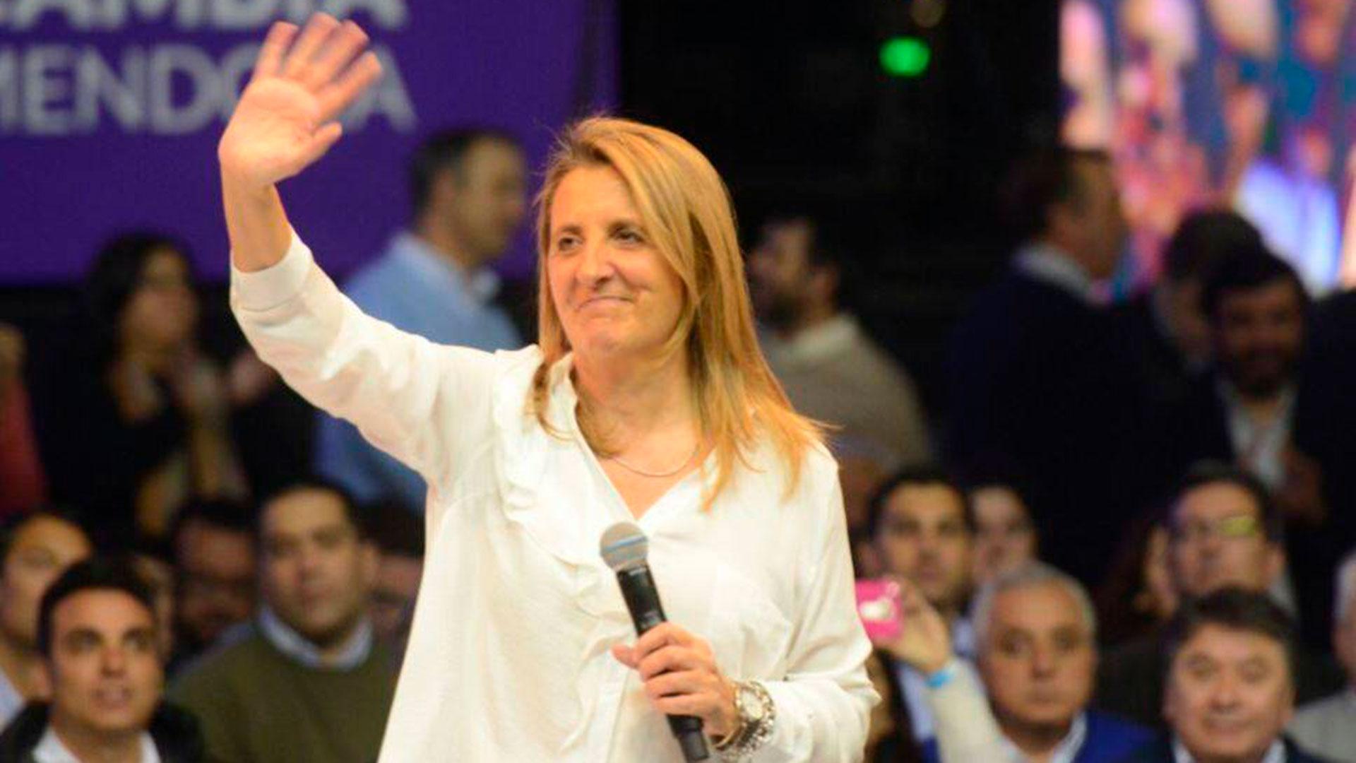 """La precandidata de la lista oficial mendocina de """"Cambia Mendoza"""", Claudia Najul."""