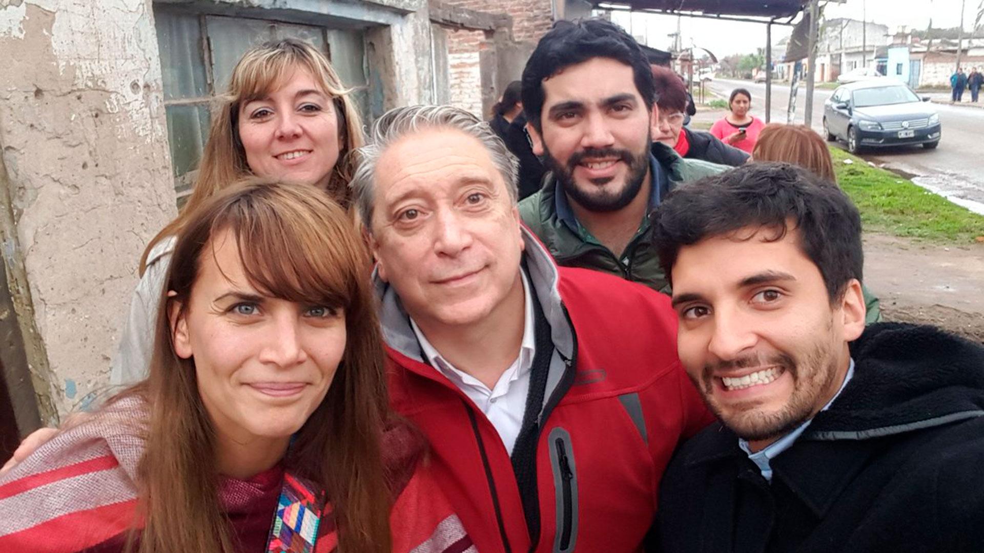 Amalia Granata en un recorrida de campaña