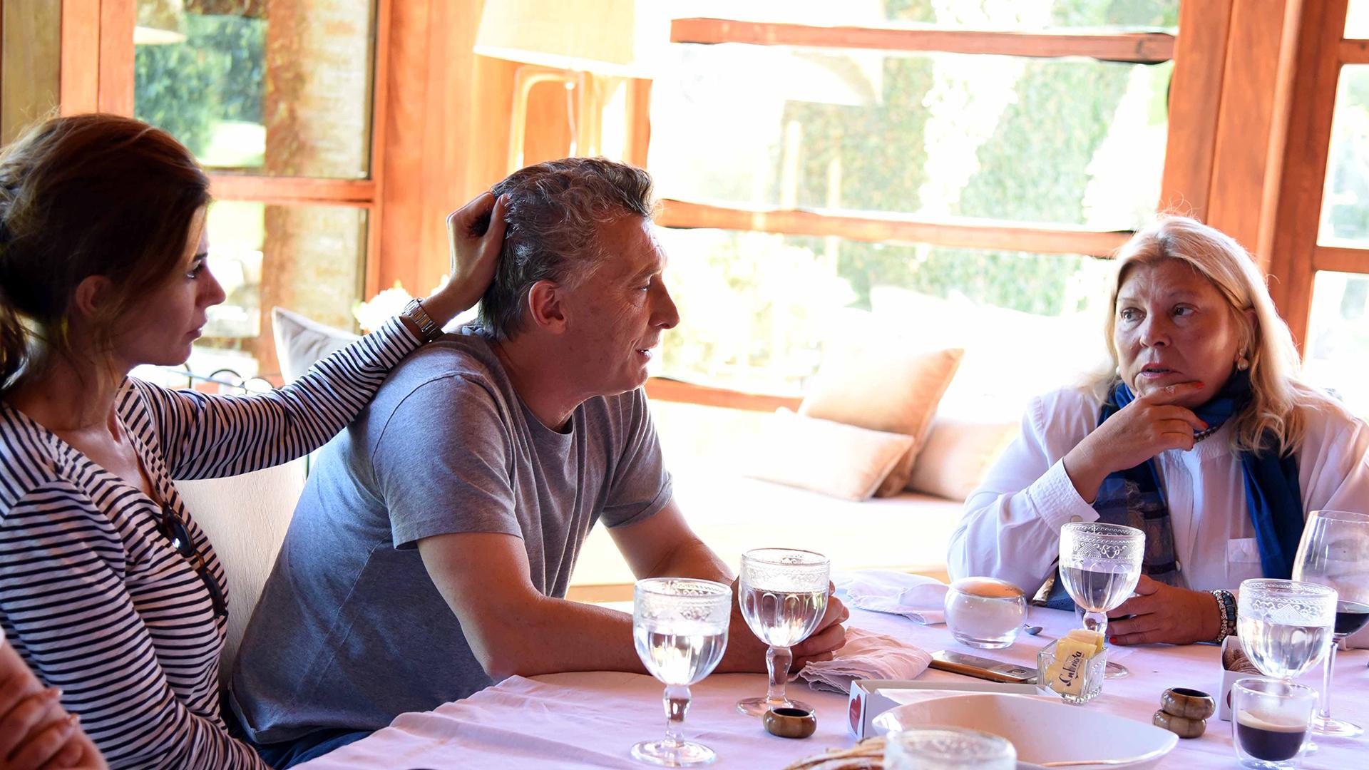 Mauricio Macri y Juliana Awada almorzaron con Elisa Carrió en la quinta Los Abrojos