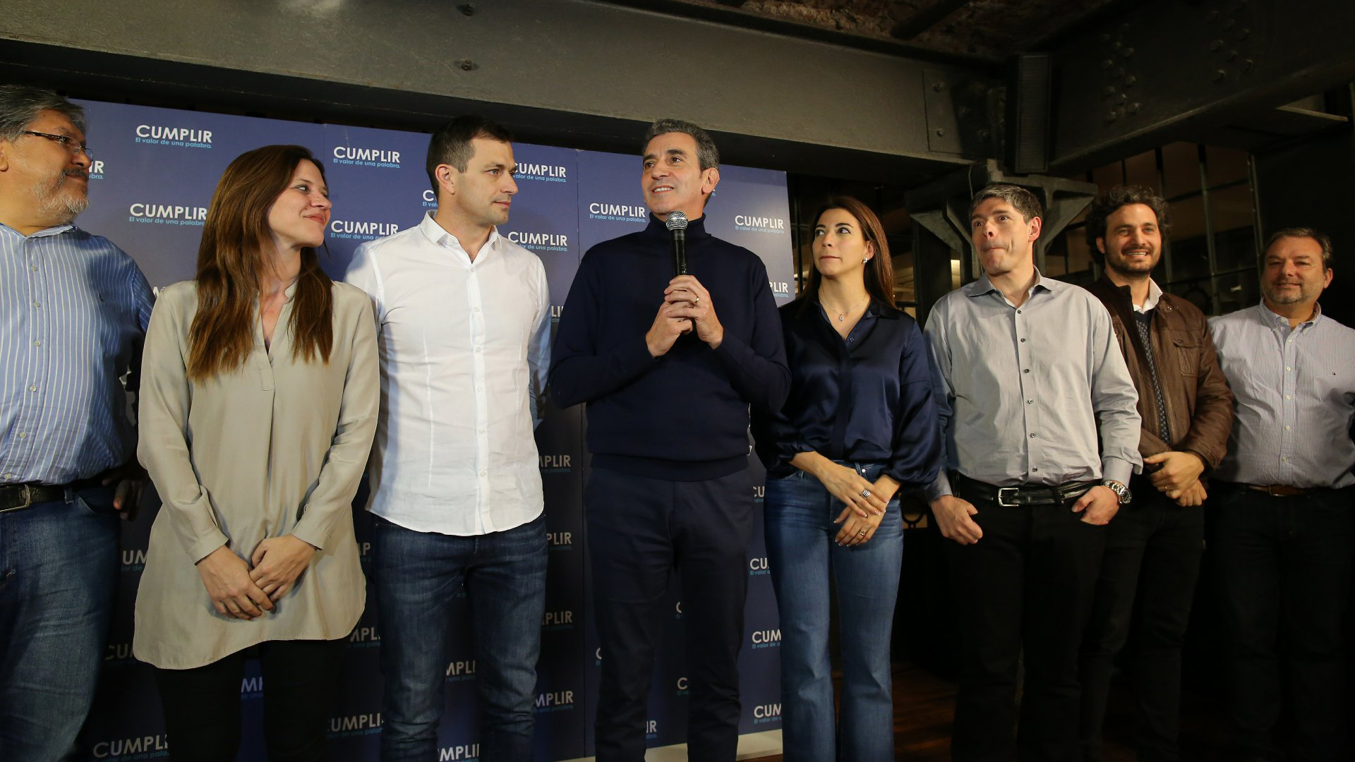 Florencio Randazzo junto los precandidatos de Cumplir