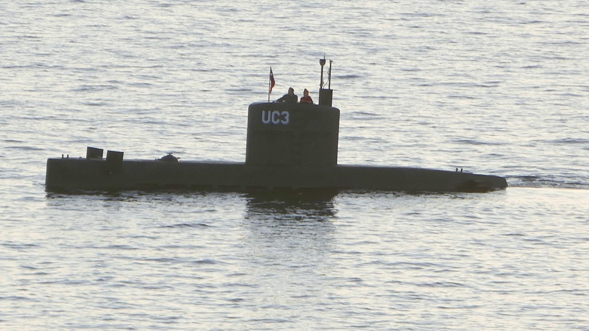 Wall y Madsen en el submarino Nautilus (AFP)