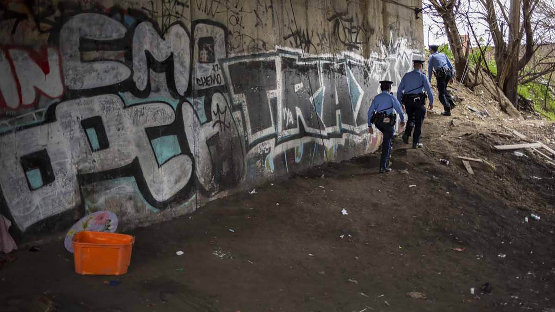 """La policía suele recorrer el lugar, que es de propiedad privada, pero continúa siendo """"tierra de nadie"""""""