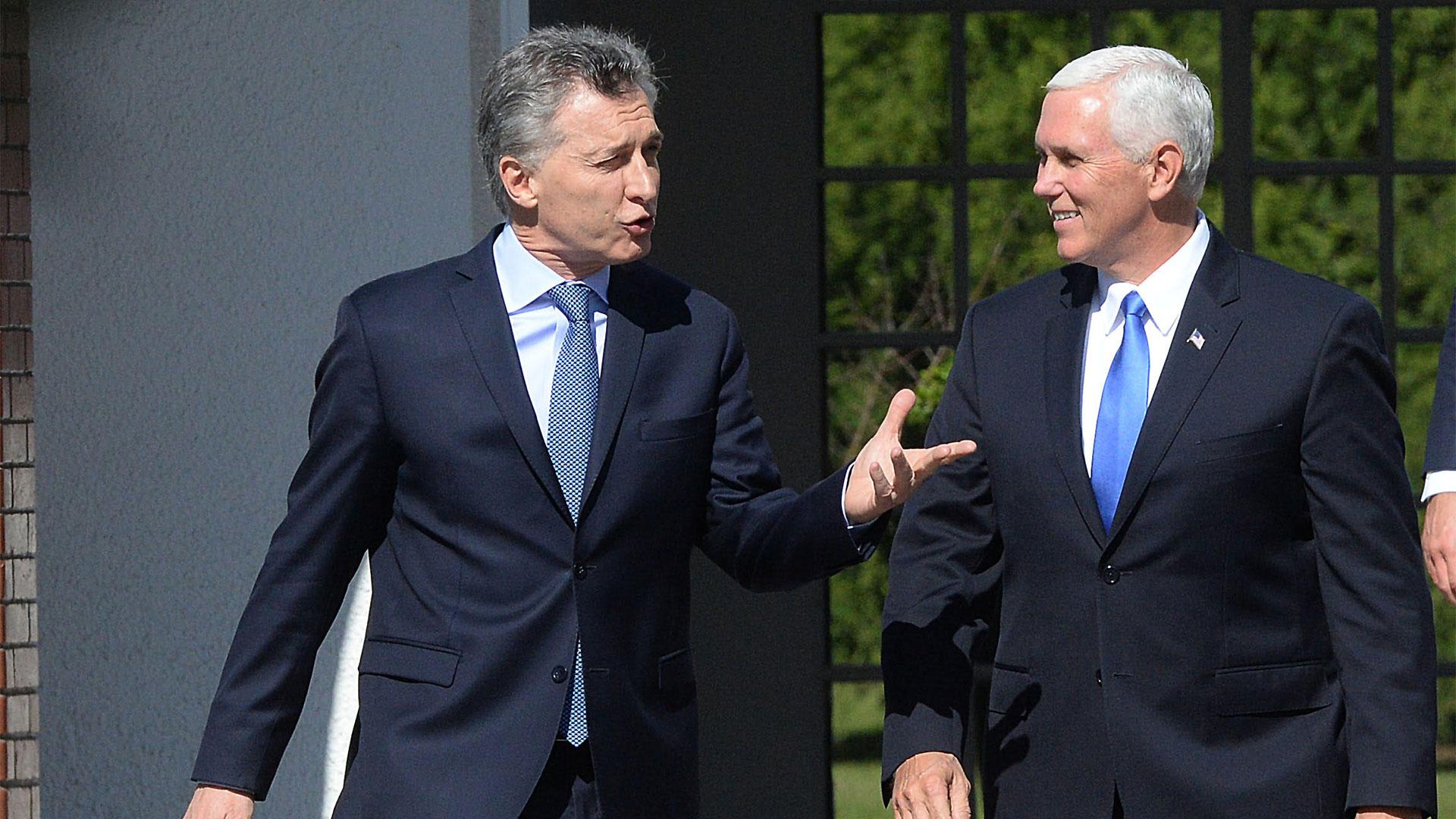Mauricio Macri junto a Mike Pence durante su visita a la Argentina en agosto del año pasado