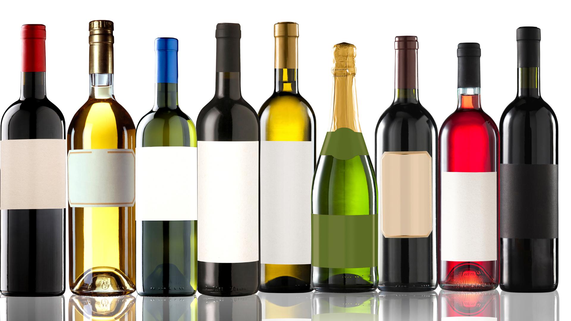 Evitar el alcohol en verano en los días de calor es la mejor opción (iStock)