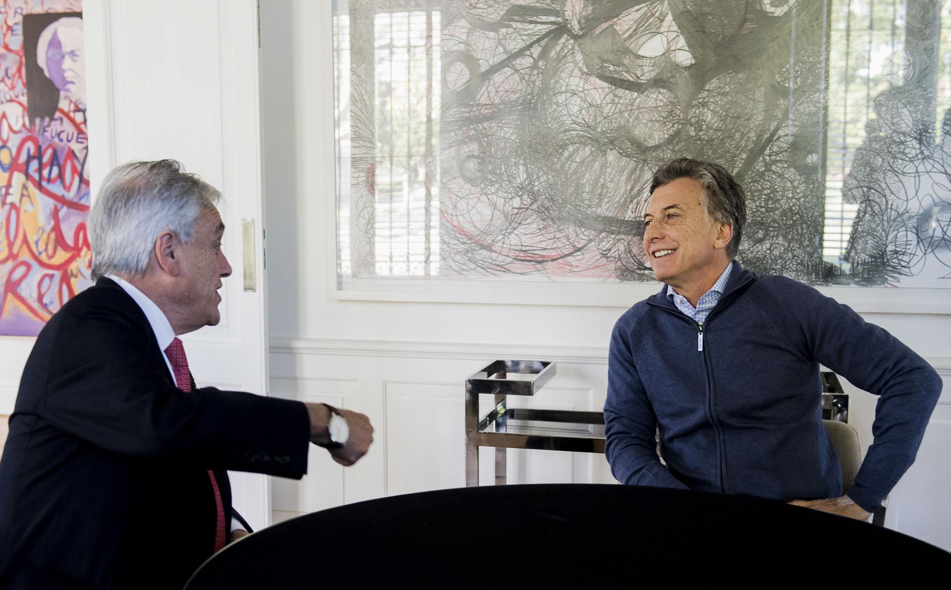 El presidente Mauricio Macri recibió hoy en Olivos al ex mandatario chileno Sebastián Piñera