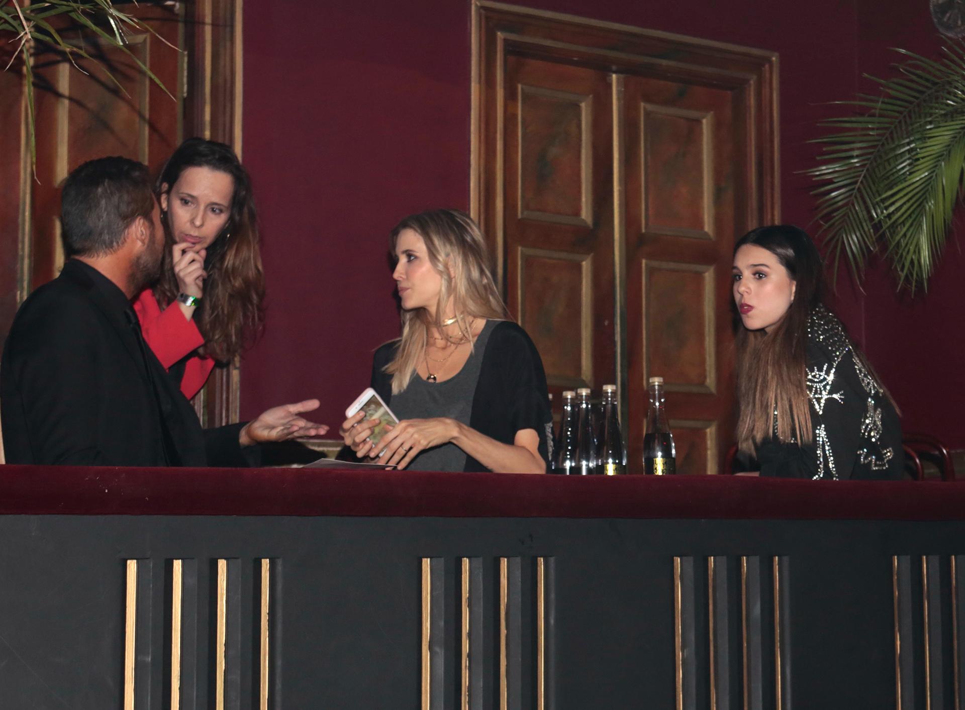 Palco VIP: Marcelo Tinelli, Guillermina Valdes y Juana Tinelli se ubicaron en uno de los palcos del primer piso del Teatro Astral