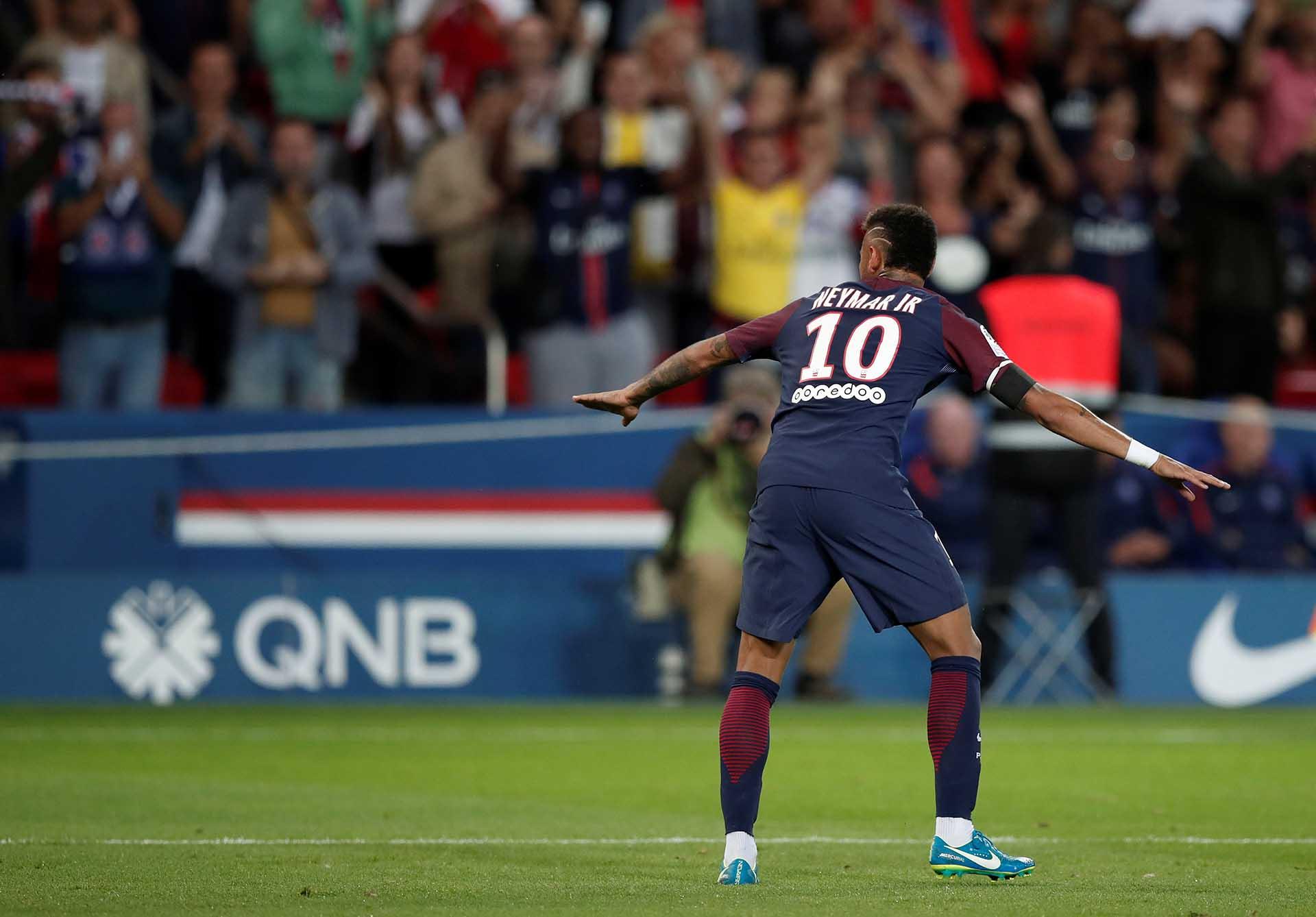 Neymar baila en París