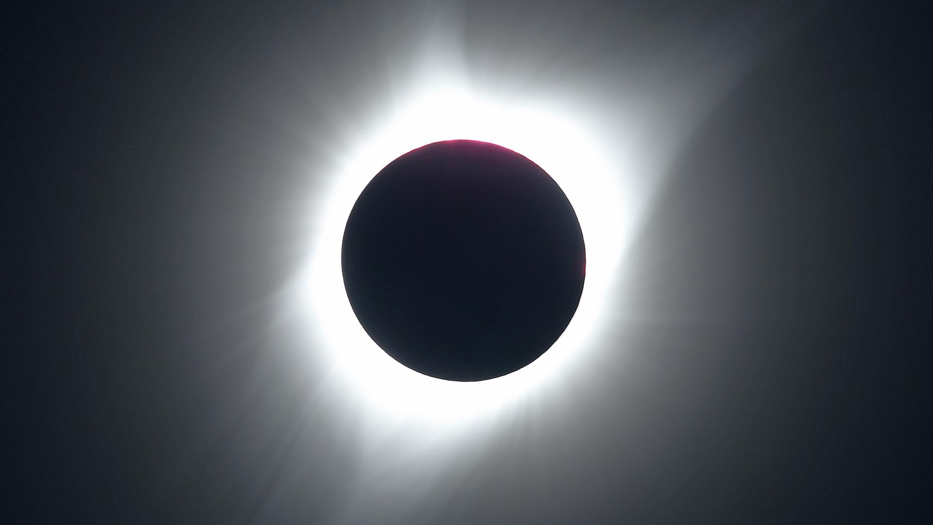 El fenómeno fue visible en un territorio de 113 kilómetros de ancho de oeste a este que cruzó 14 estados de EEUU