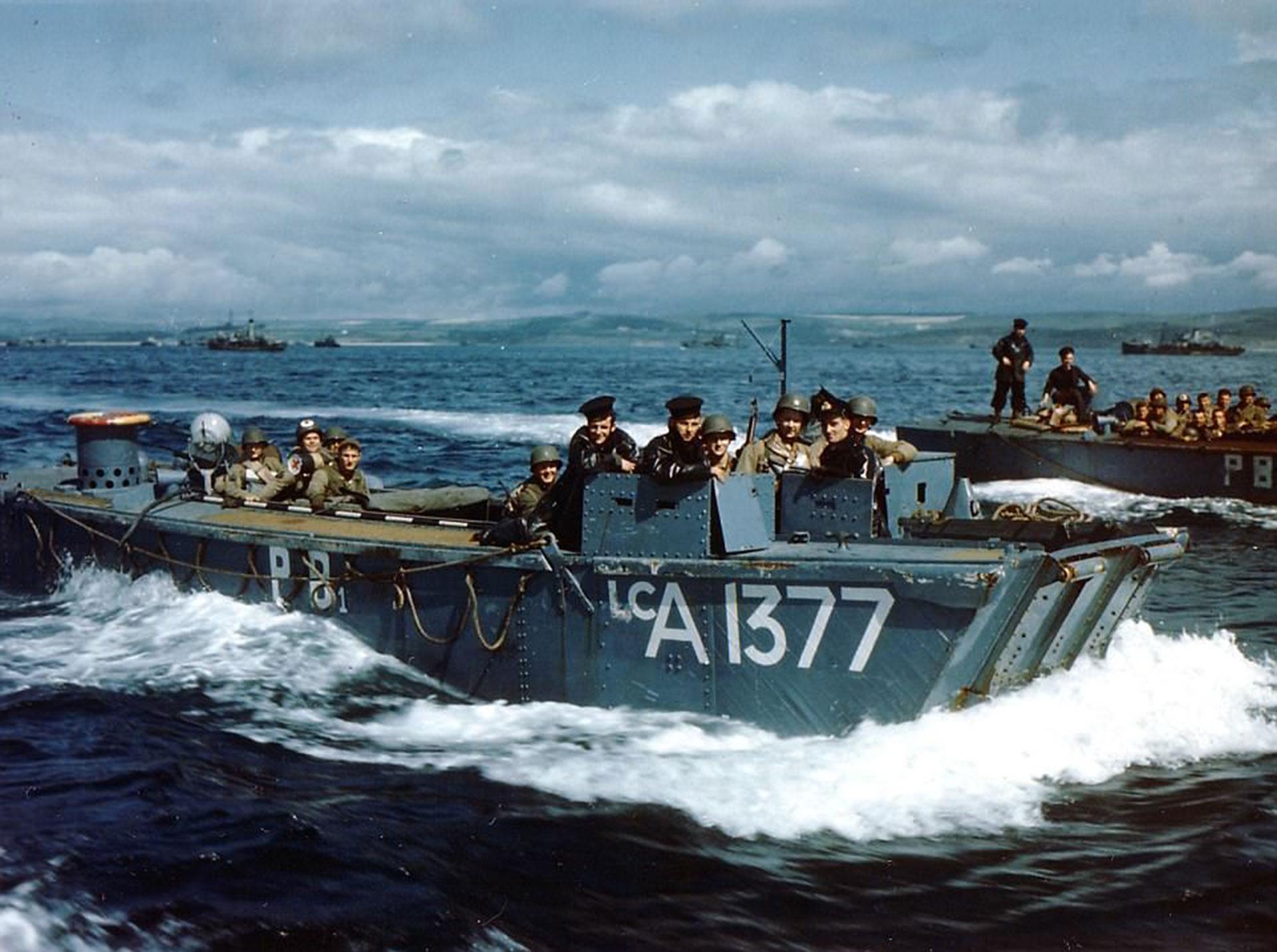 Las tropas aliadas se aprestan a desembarcar en Normandía. Sería el comienzo del fin de la Segunda Guerra Mundial (National Archives of Canada)