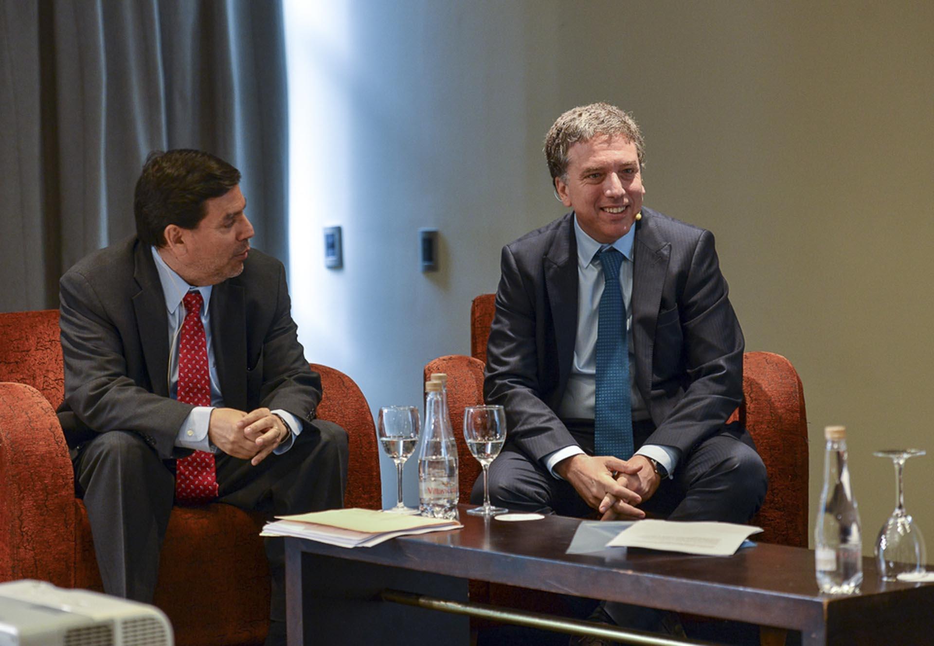 El Ministro de Hacienda, Nicolás Dujovne, asistió esta mañana a la conferencia de la Asociación Argentina de Presupuesto y Administración Financiera Pública (ASAP) sobre reforma tributaria y política fiscal en América Latina.