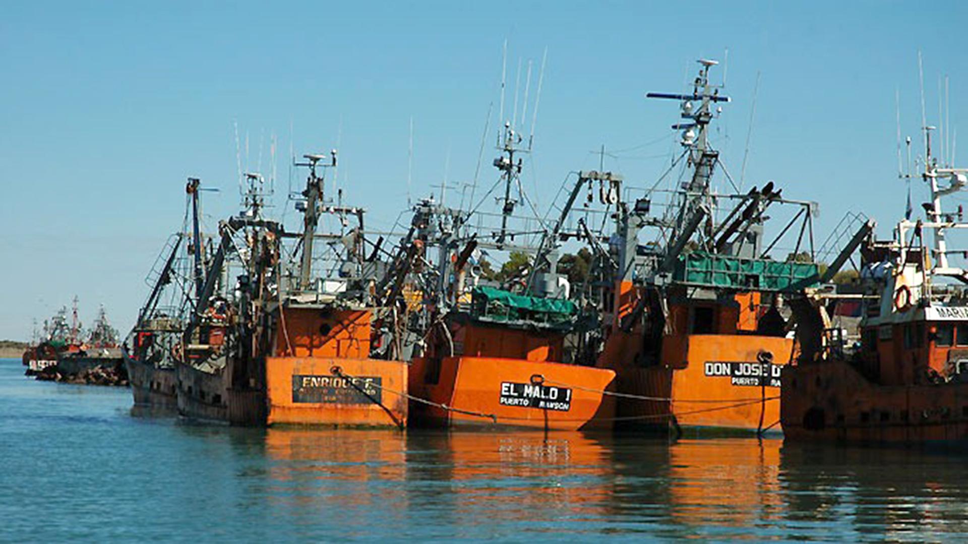Se hundió otro buque pesquero en Rawson – FM SAN AGUSTIN 91.3