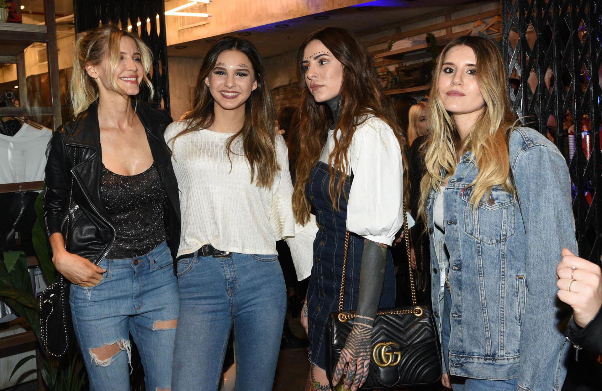 Guillermina Valdes, Juanita, Cande y Mica Tinelli en la inauguración del nuevo local de Madness Clothing en el Alto Palermo