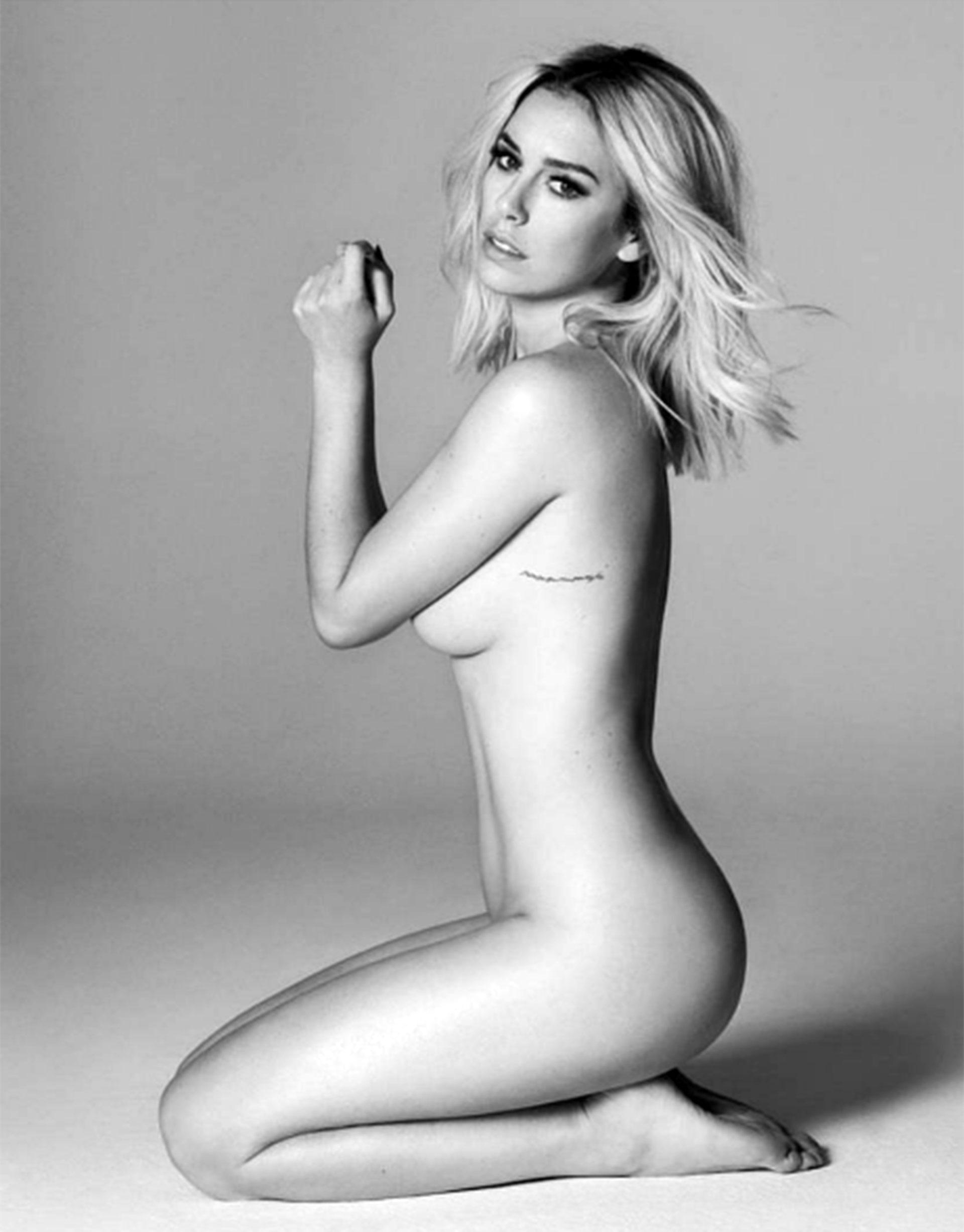 """44d3a9901edc Estas imágenes sin ropa de la actriz se dan a conocer después de la  contundente e irónica respuesta que le dio a un usuario de Twitter que la  llamó """"gorda""""."""