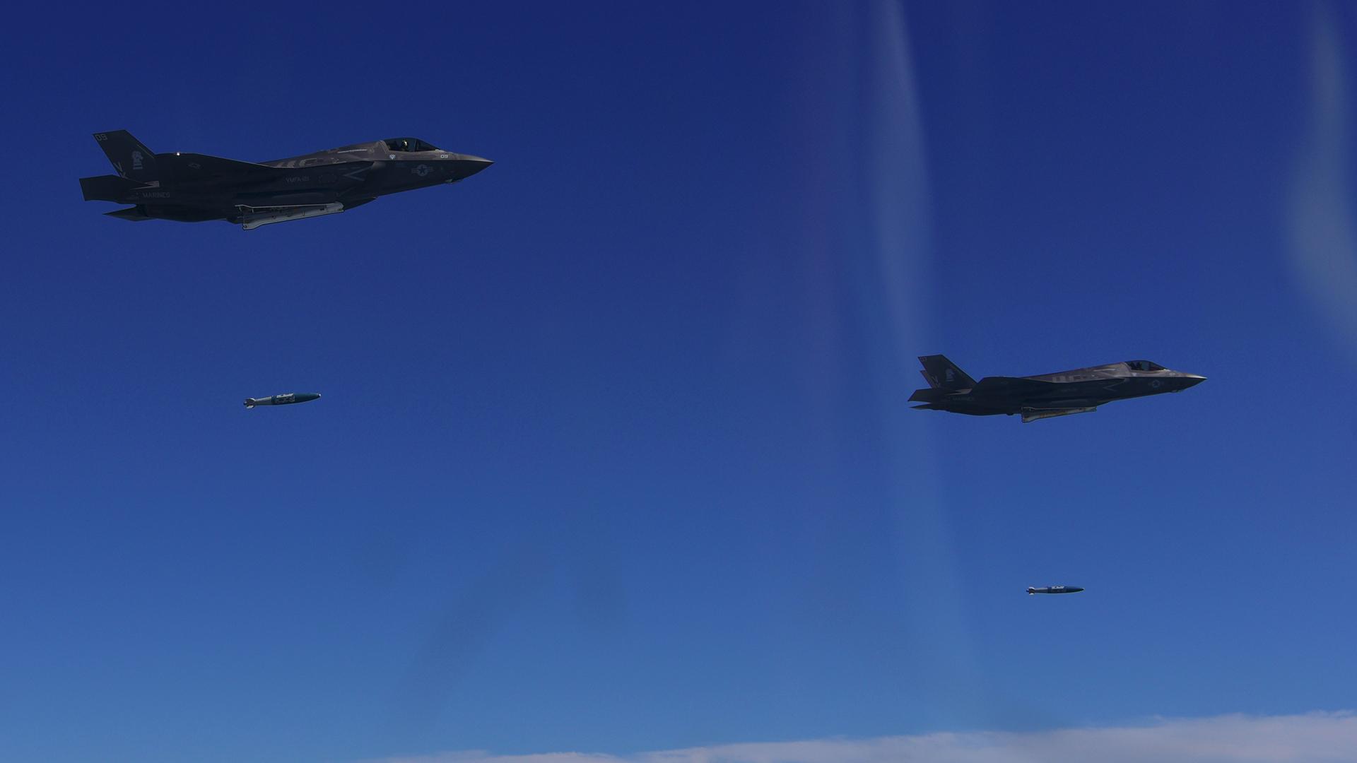 El caza furtivo F-35B es una de las aeronaves más avanzadas del arsenal estadounidense y del mundo. Participaron del ejercicio desde sus bases en Japón (AFP)