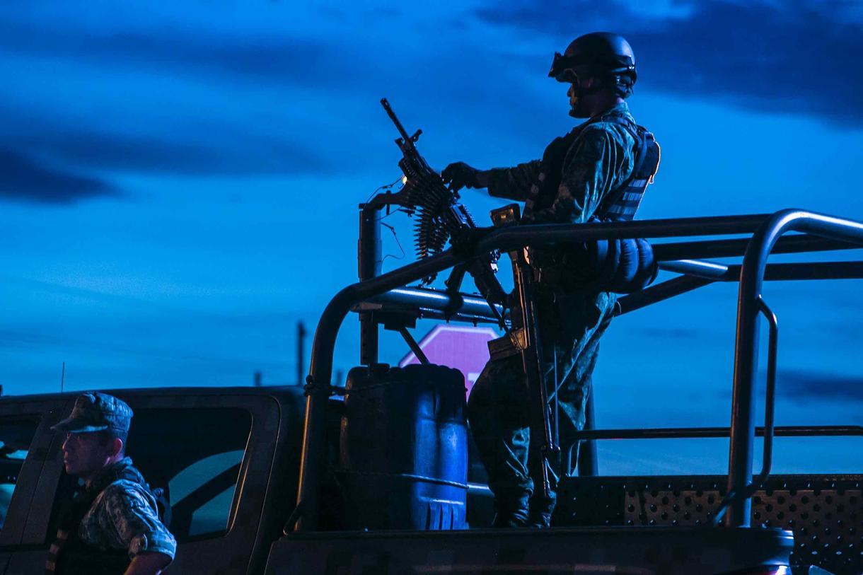 Las Fuerzas Armadas Mexicanas apenas alcanzan para reprimir protestas. (Foto: Especial)