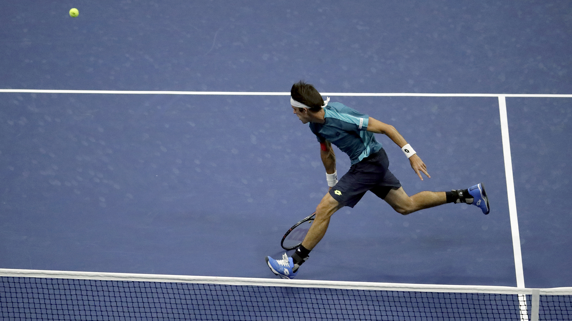 Mayer dio batalla, pero el número 1 del mundo fue demasiado (AP)