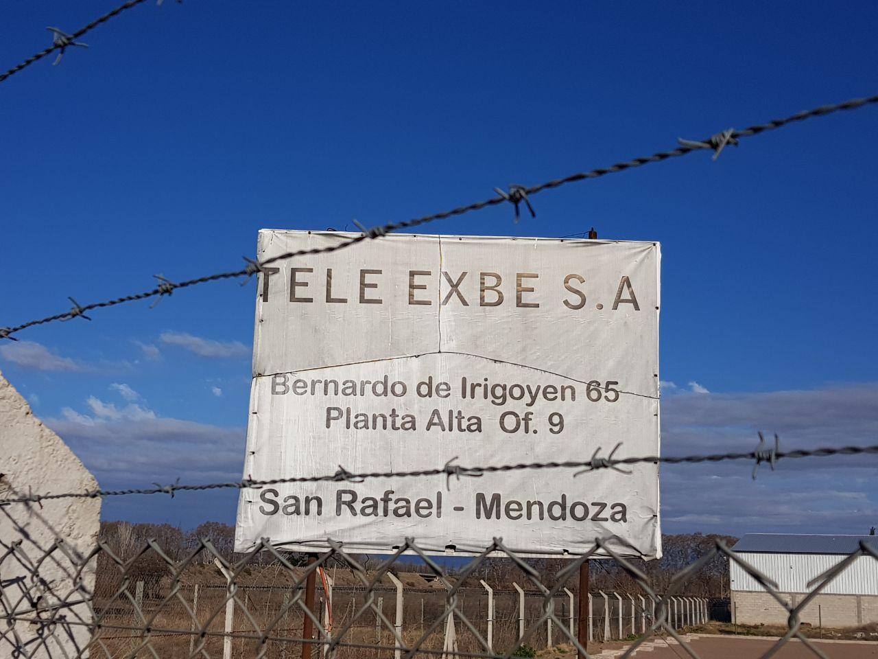 Lote de Tele Exbe en Luján de Cuyo, allanado esta tarde.