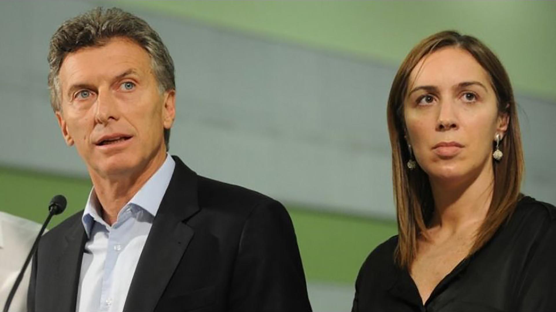 El presidente Macri, junto a la gobernadorea bonaerense, María Eugenia Vidal.