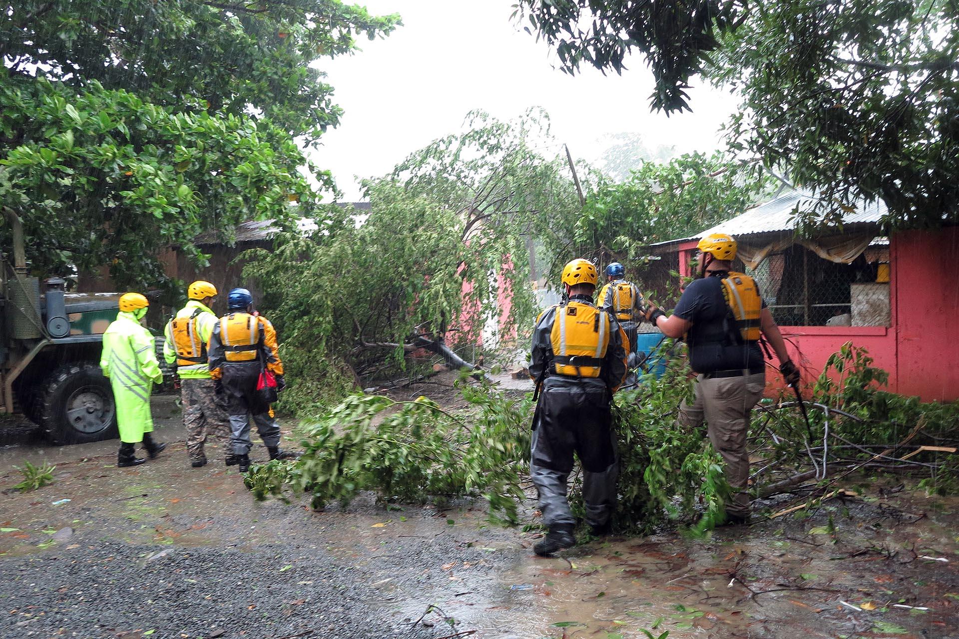 Huracán José se intensifica en el Atlántico a categoría 3