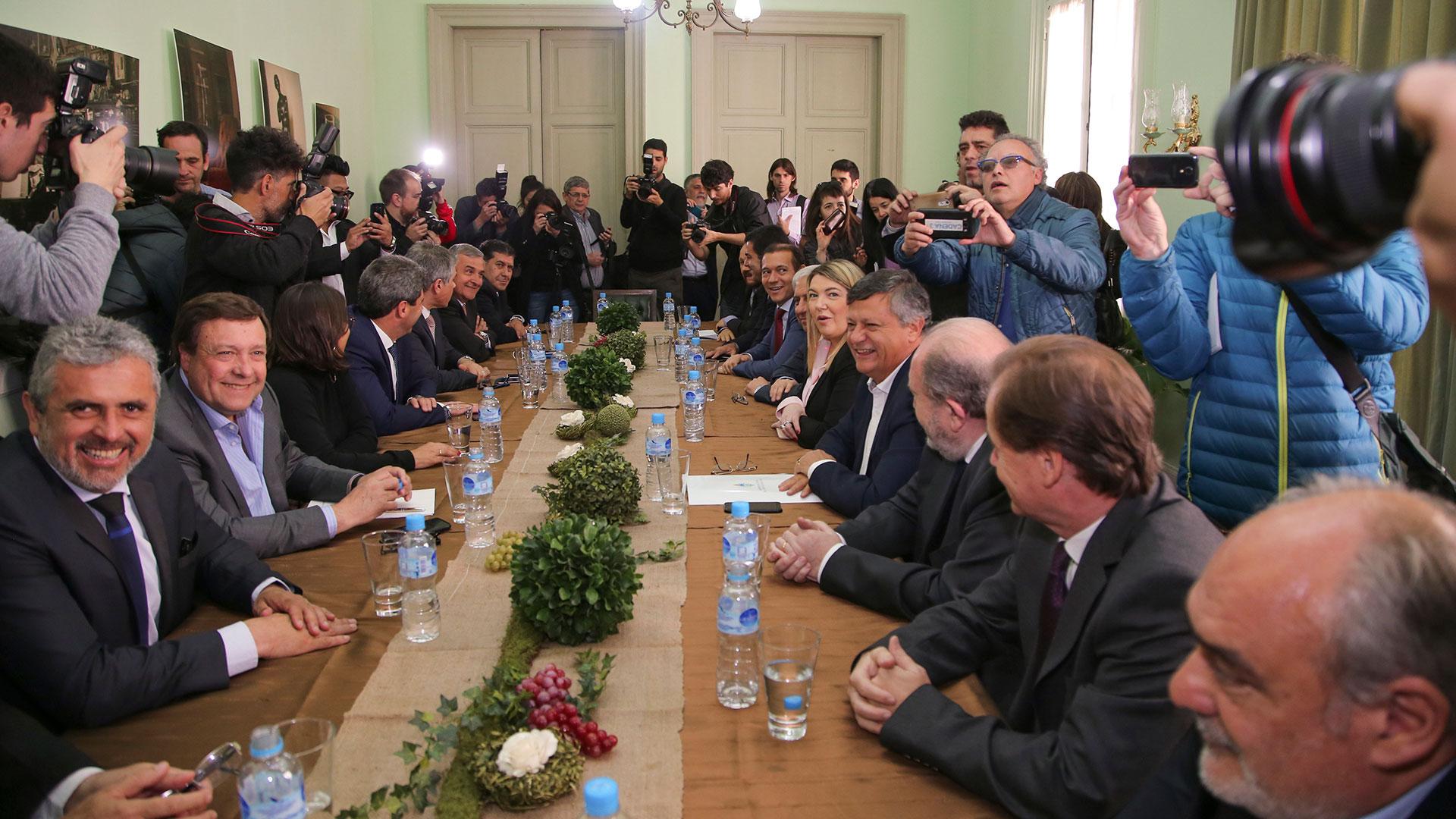 Gobernadores se muestran unidos contra la actualización del Fondo del Conurbano