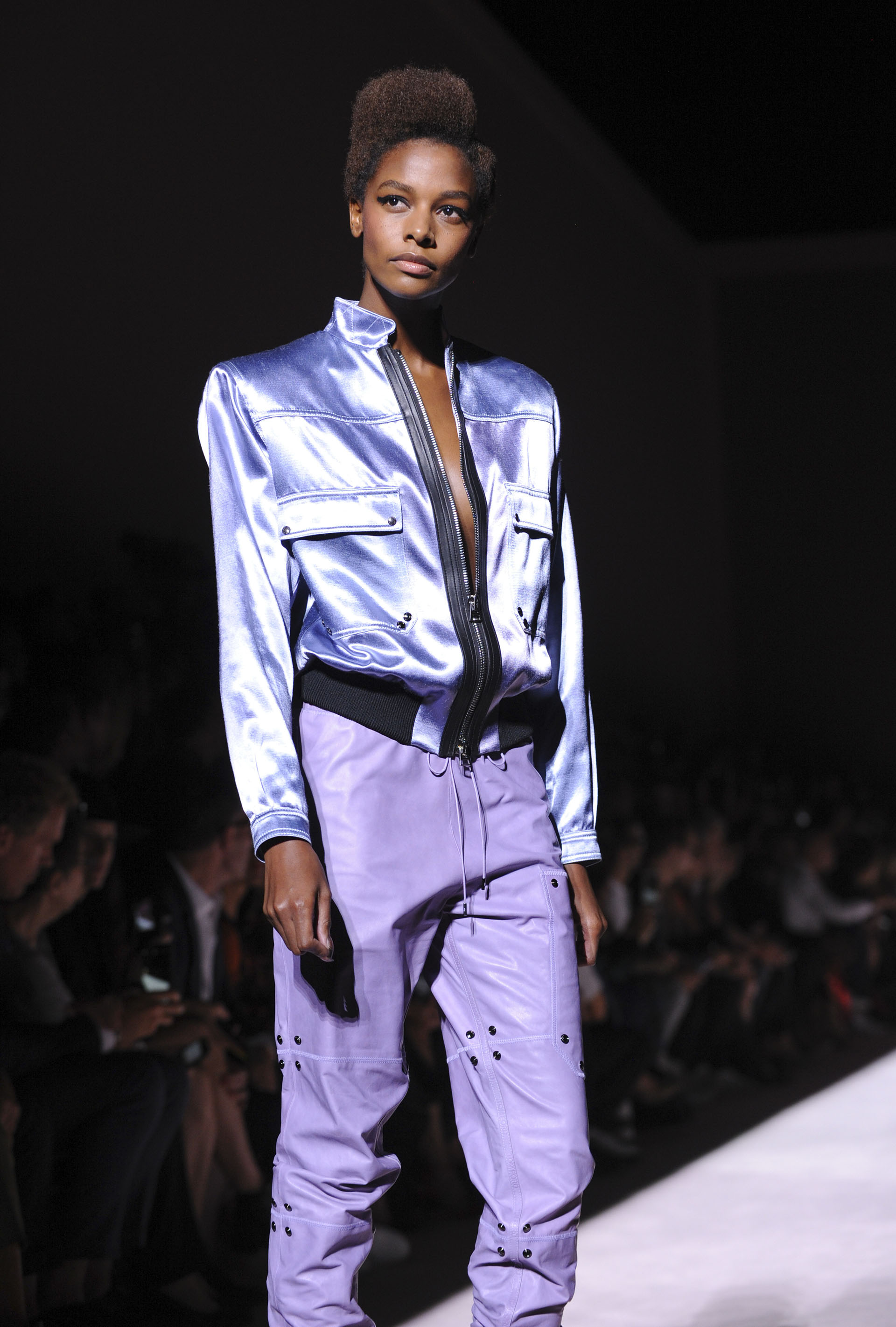 Resumen fashionista del New York Fashion Week: colores vivos, blanco ...