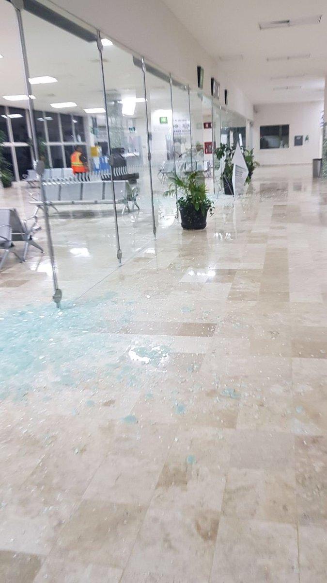 También se registraron daños en el aeropuerto Ángel Albino Corzo en Chiapas. (@AlertaChiapas)