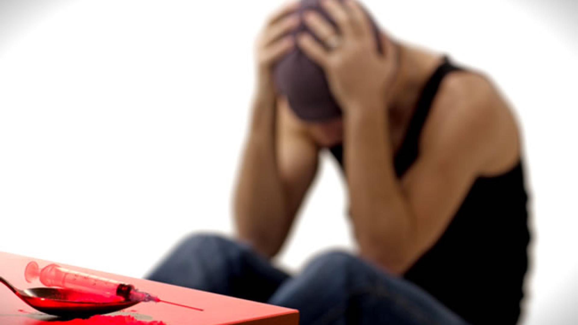 La adicción remodela circuitos neuronales para asignar valor supremo a la cocaína o a la heroína a expensas de otros intereses como la salud, el trabajo, la familia o la vida misma