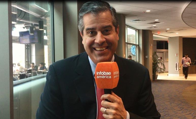 Álvaro Martín, la inconfundible voz de la NBA en ESPN