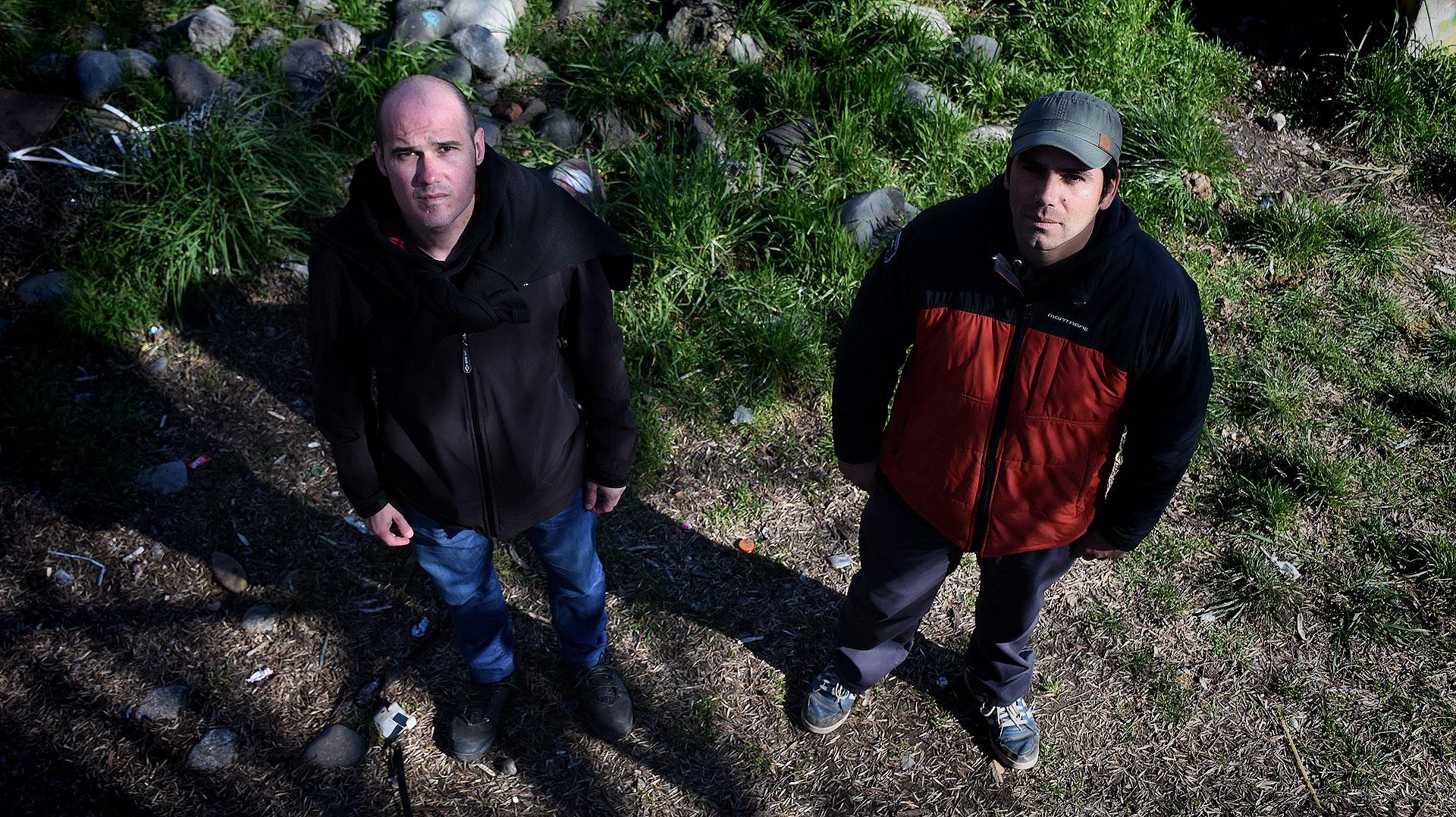 Juan Alberto Roca y Sergio Bahamondi, profesor y compañero de Maldonado (Nicolás Stulberg)