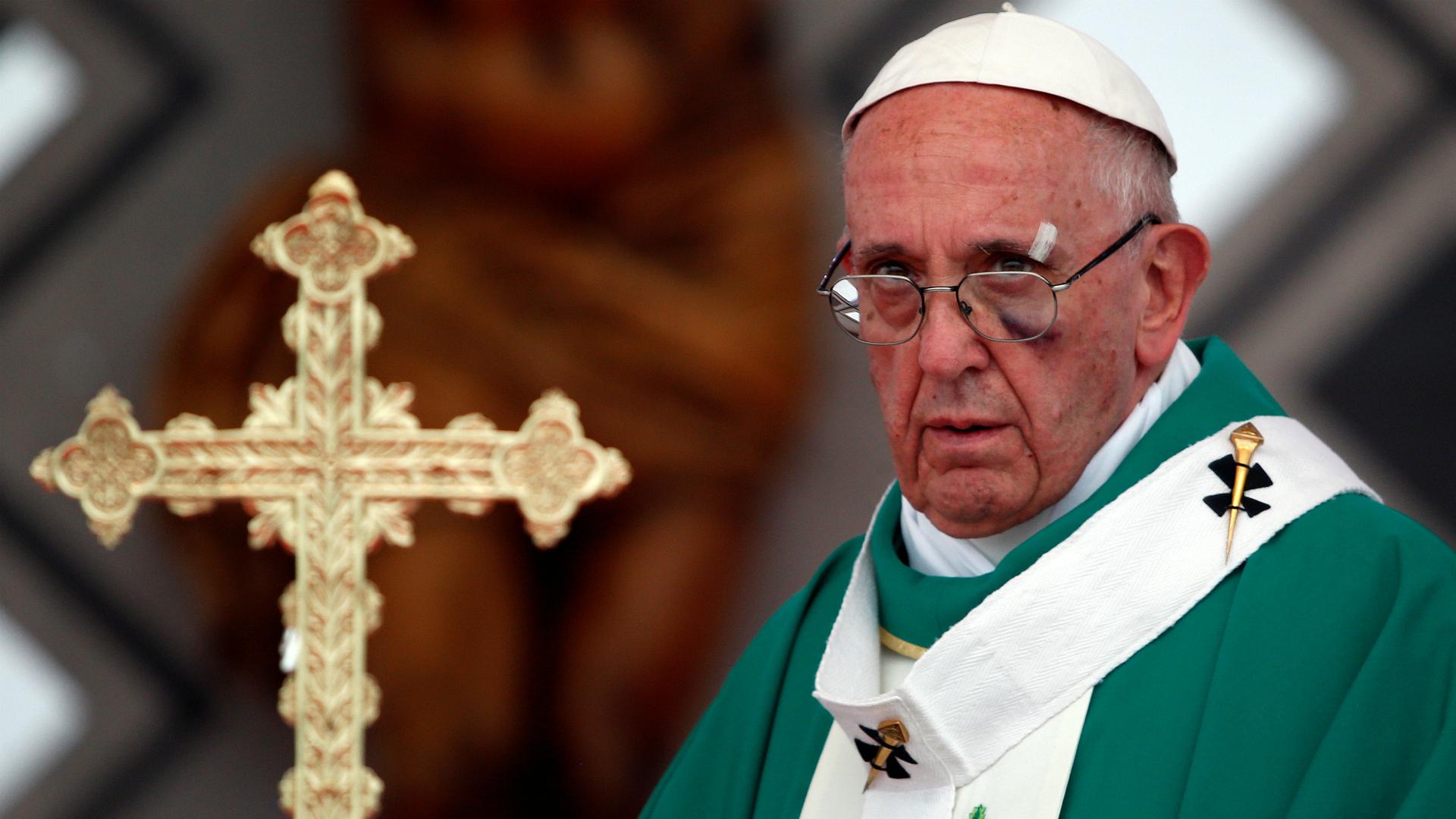 COLOMBIA: El papa Francisco se despide con mensaje de paz