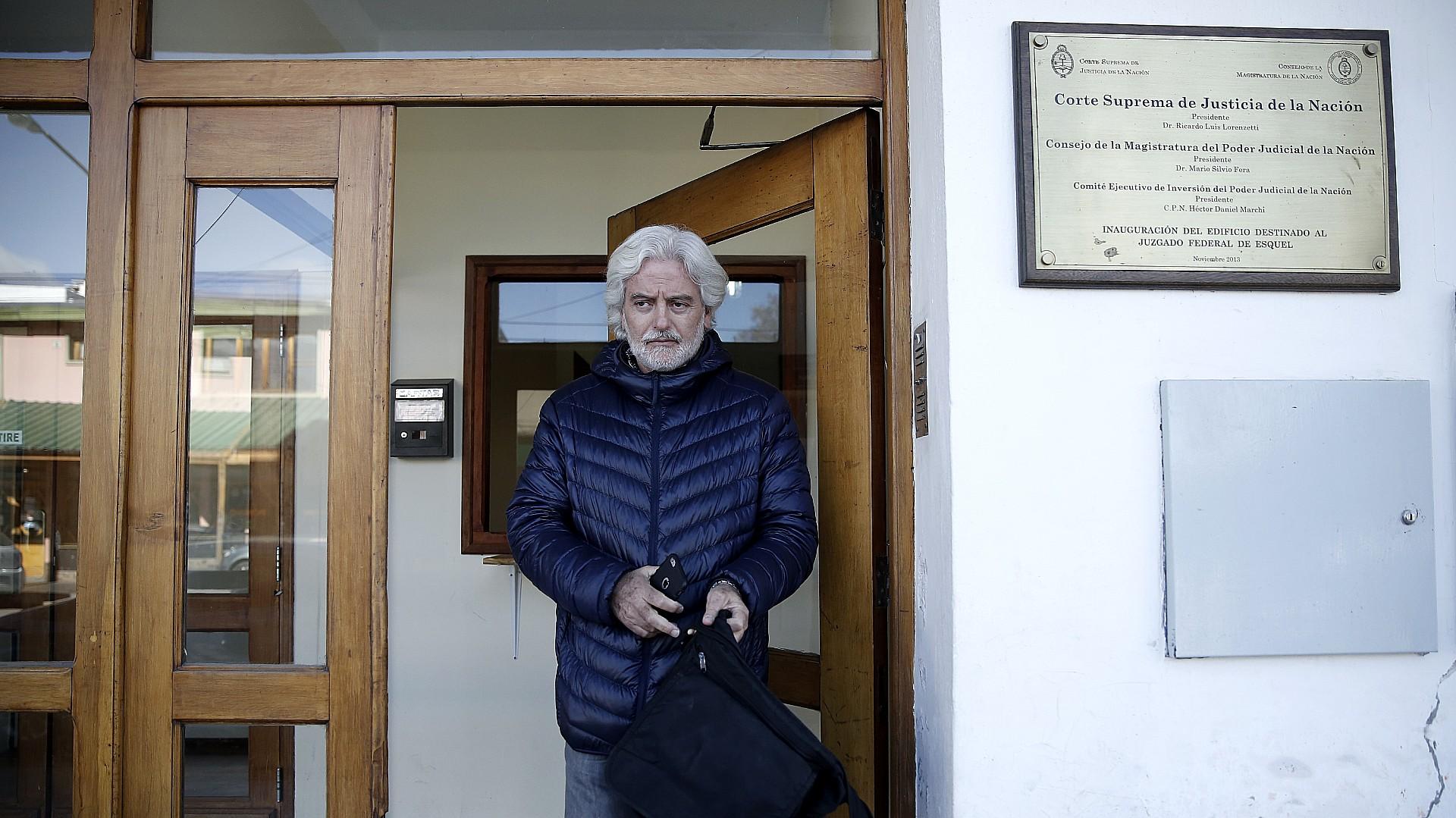 Ariel Garbarz, en los tribunales federales de Esquel (Nicolás Stulberg)