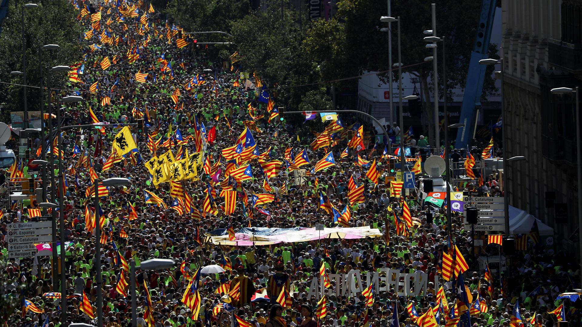"""La marcha durante la """"Diada"""" de este lunes (Reuters)"""