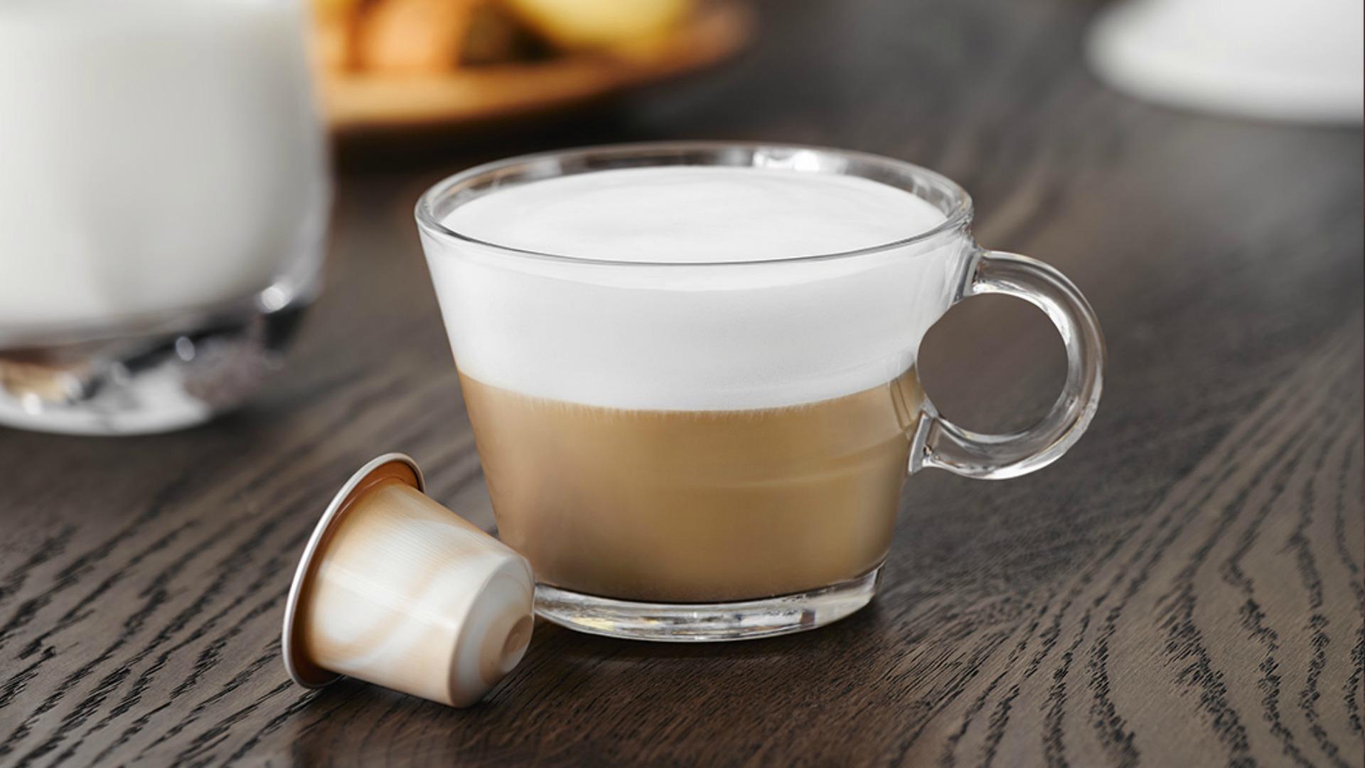 Nespresso Barista Chiaro: ideal para preparar el célebre cappuccino.