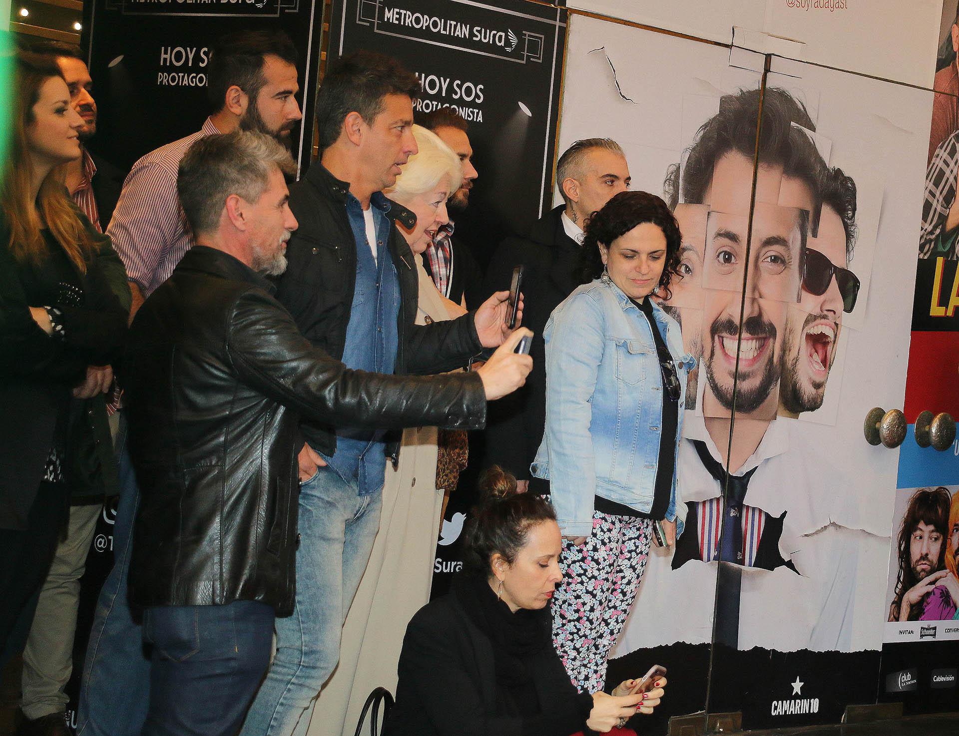 El Chato Prada, El Chino D'Angelo y María Calatayud, la jefa de prensa de Marcelo Tinelli estuvieron presentes