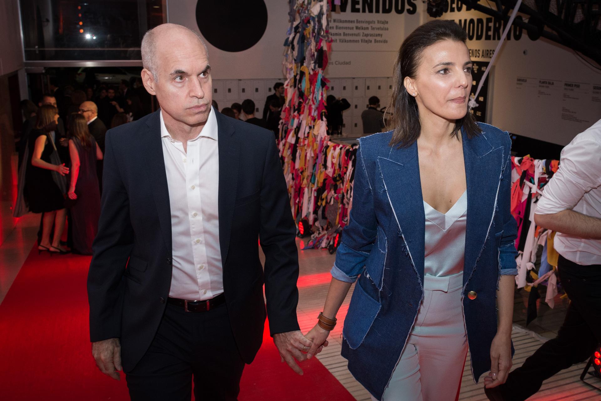 El arribo del jefe de Gobierno porteño, Horacio Rodríguez Larreta, y su mujer Bárbara Diez