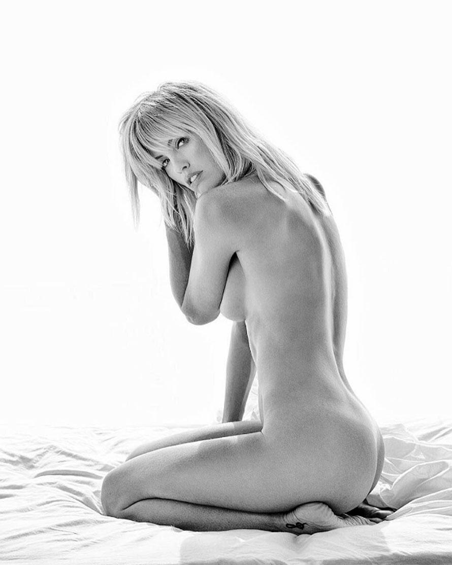 Rocío Guirao Díaz levantó la temperatura en Instagram al publicar una foto completamente desnuda. En la red social, sus seguidores la halagaron por su belleza y sensualidad. ¡Una diosa!
