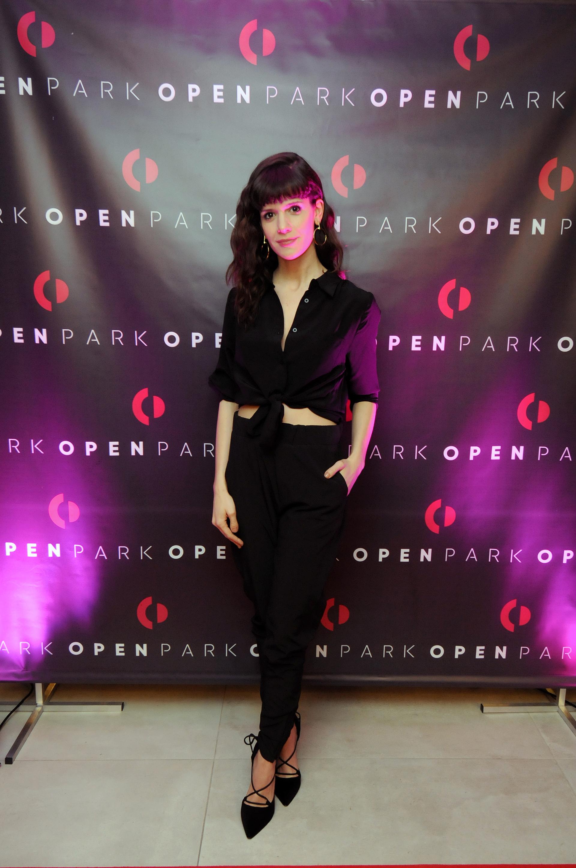 Violeta Urtizberea pasó por la fiesta de inauguración de la nueva sede de Open Park.