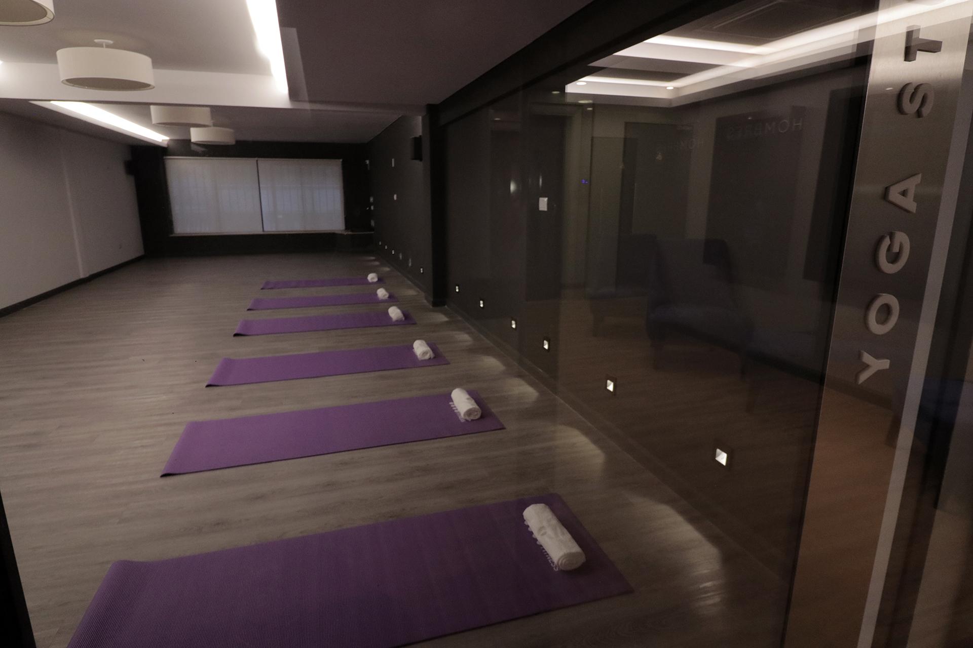 El amplio Yoga Studio.