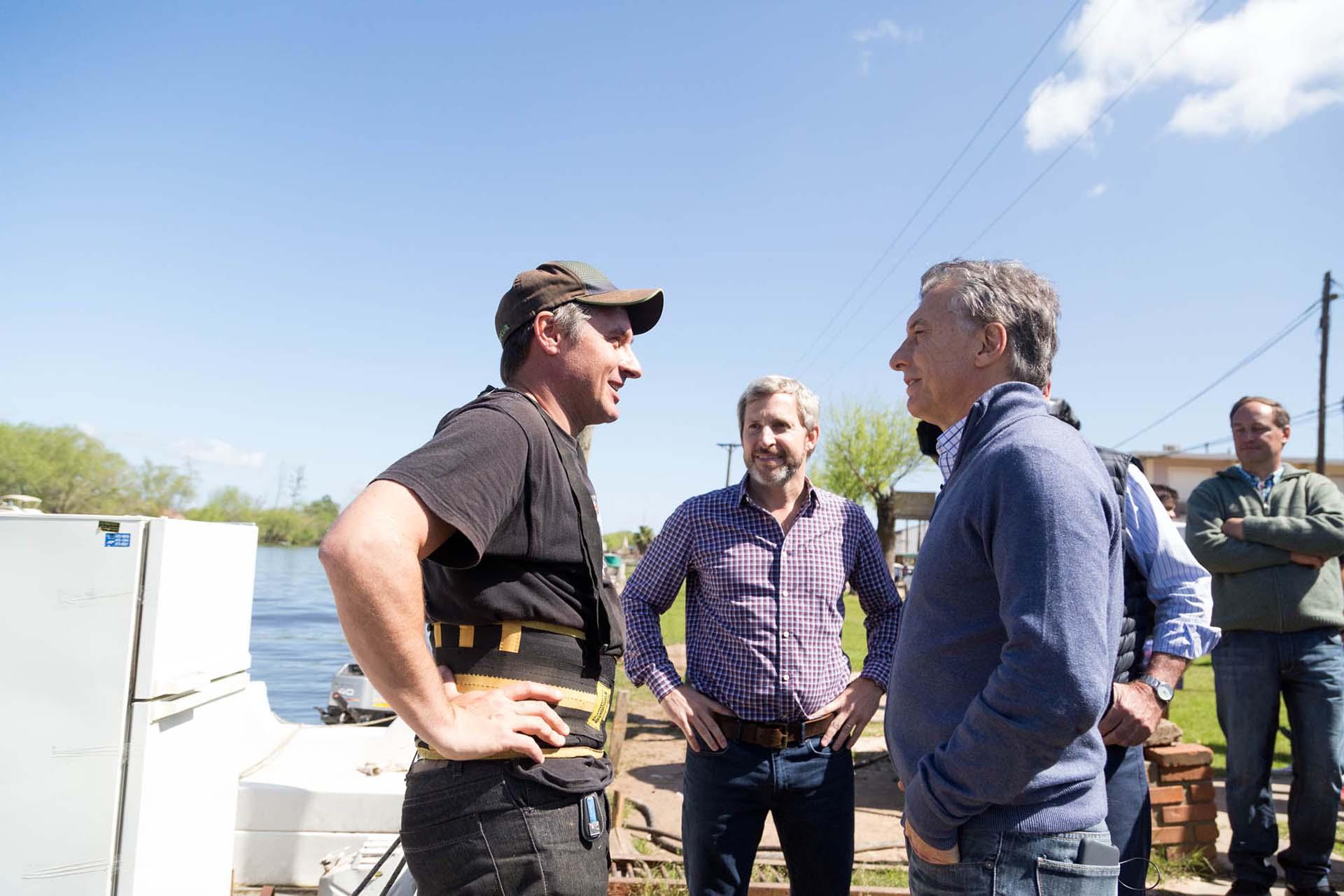 El Presidente y Frigerio, junto a un productor local de Entre Ríos