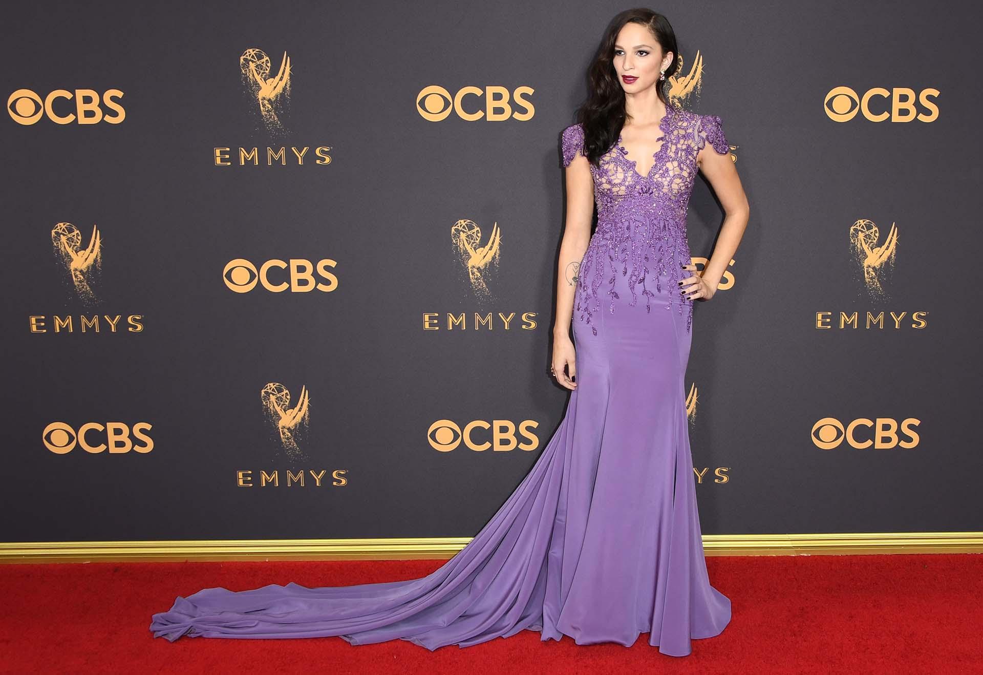 Los looks de la alfombra roja de los Emmys - Infobae