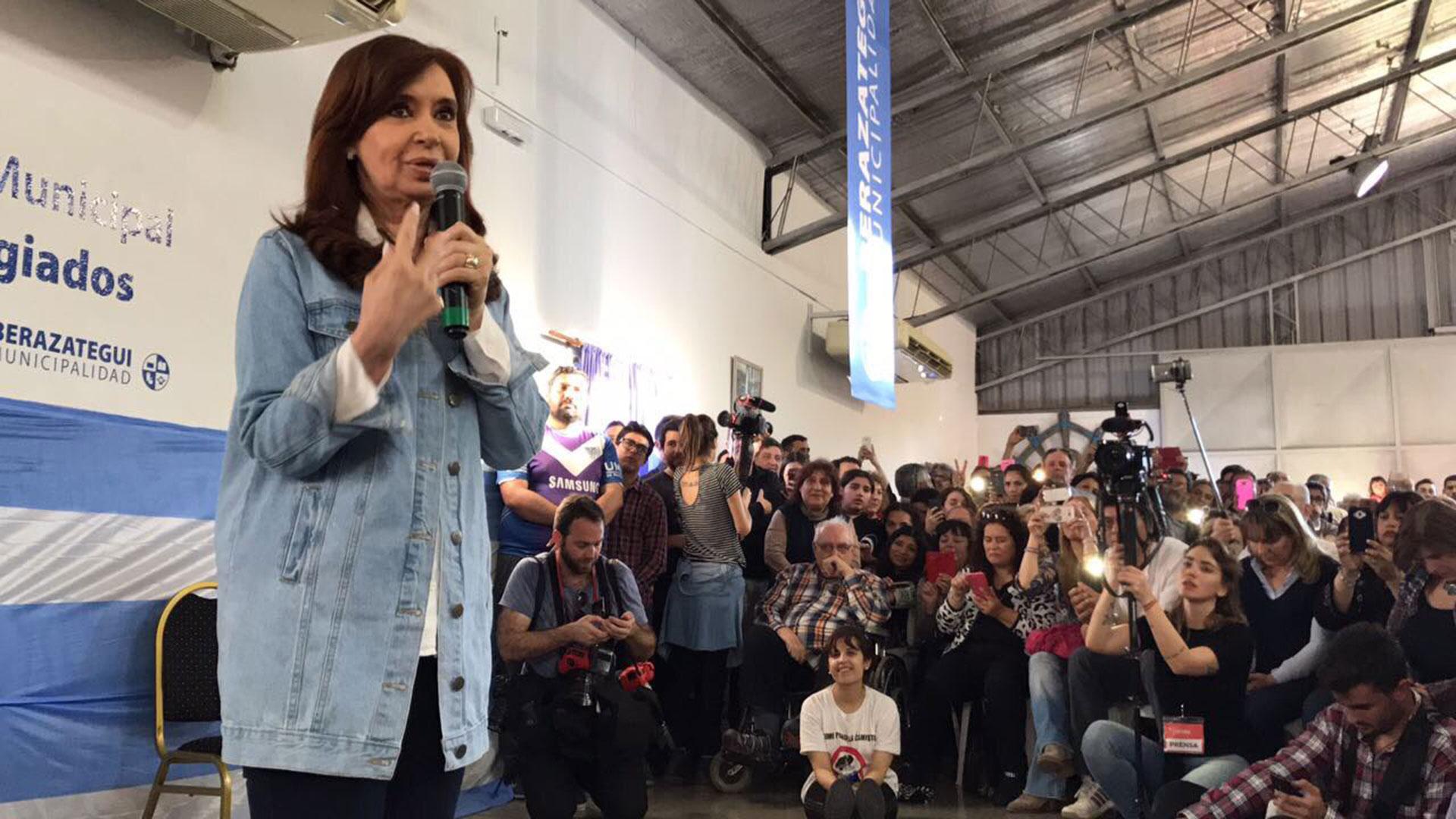 Un sector del peronismo quiere distanciarse de Cristina Kirchner y comenzar un nuevo proyecto