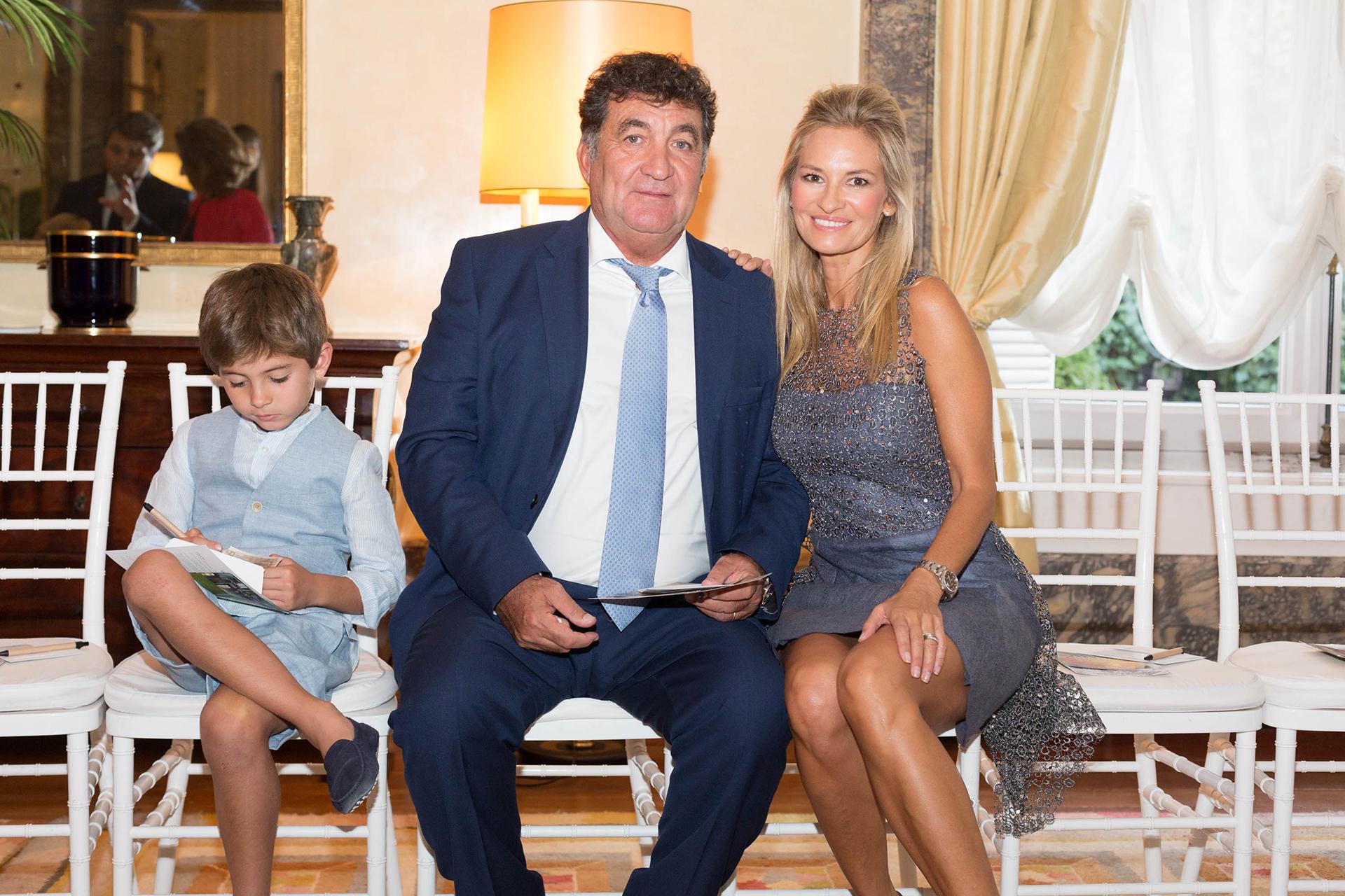 Lily Sciorra junto a su marido Gustavo Mascardi y su hijo Lucca