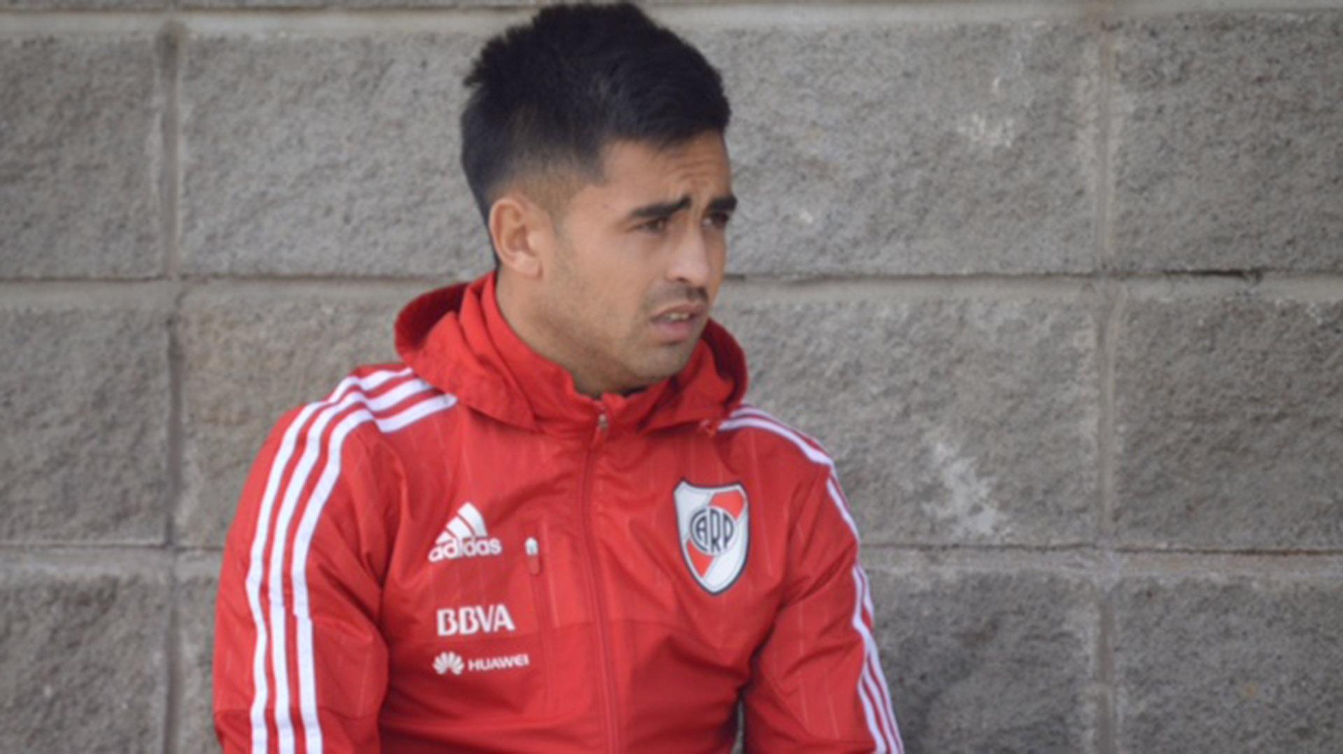 El Pity Martínez sufrió una lesión que lo dejará dos semanas afuera de las canchas