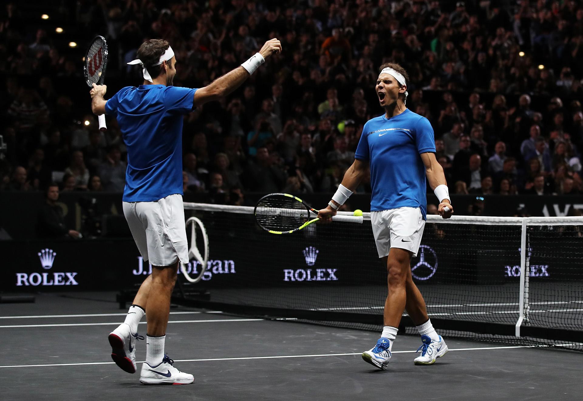 """Pasar una semana así en grupo con Rafa y los demás que casi todos están entre los 10 primeros (de la ATP) es muy particular y enriquecedor""""- Federer."""
