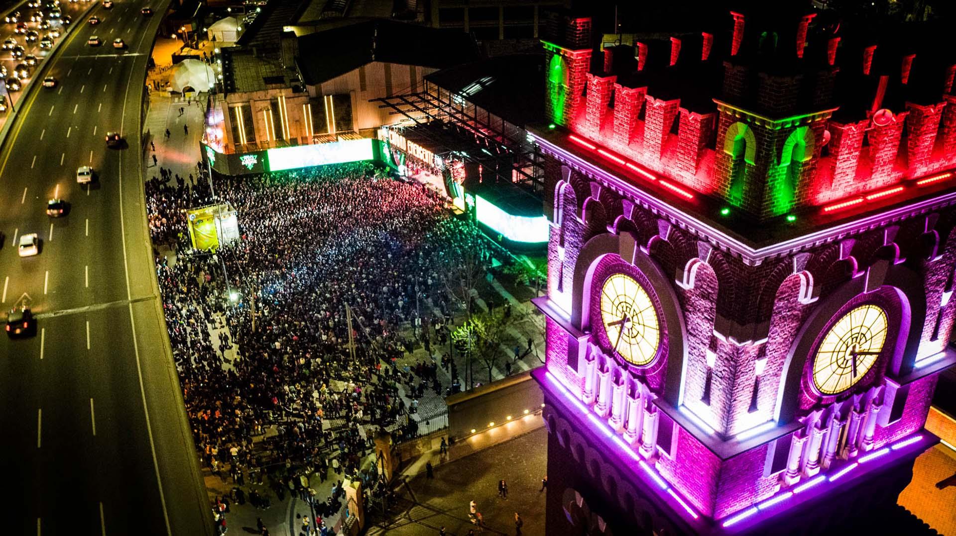 Panorámica del cierre del festival desde un drone