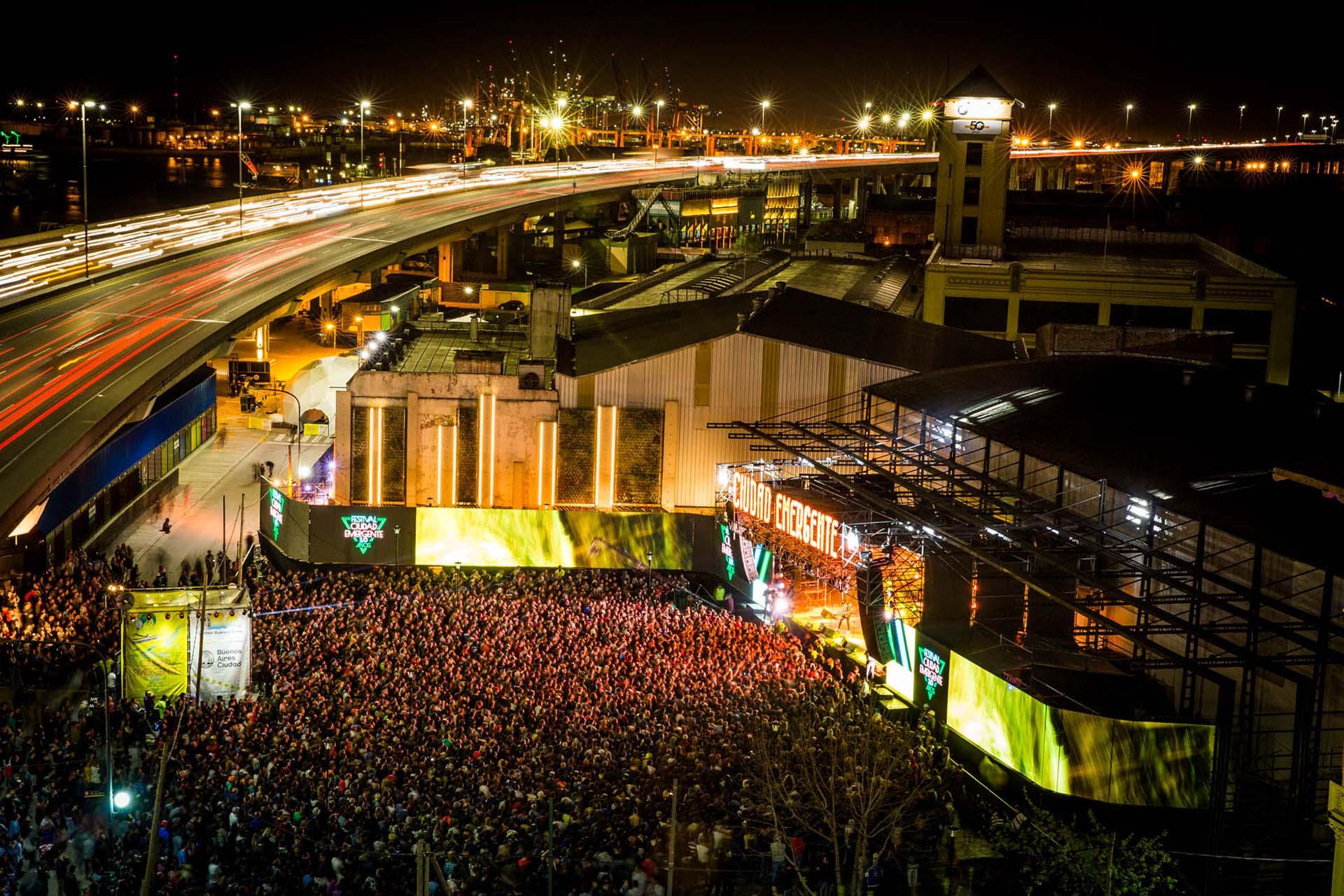 Cierre del Festival en la Plaza de la Usina