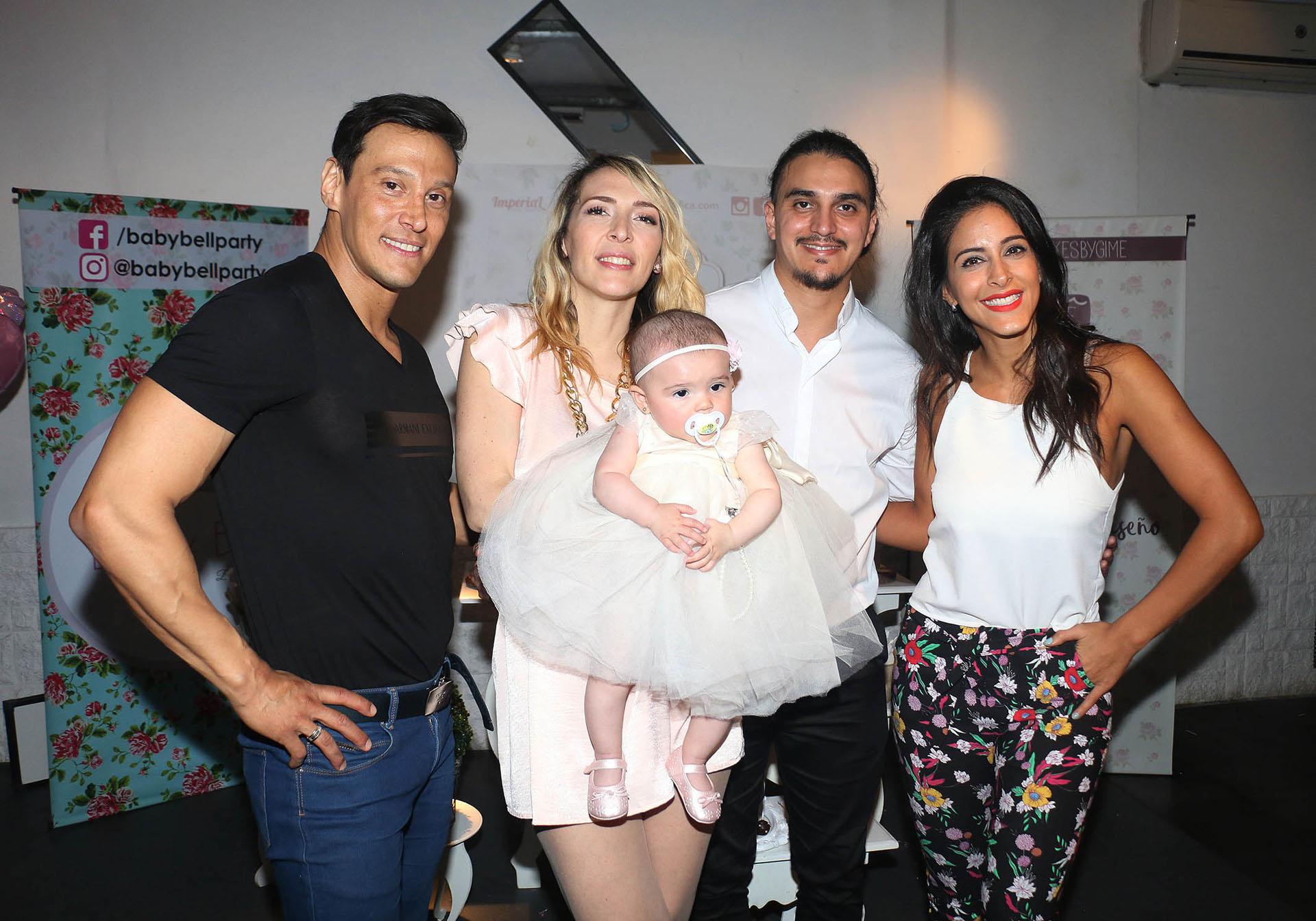 Joel Ledesma, Lorena Liggi, Leandro D´Angelo y Celeste Muriega con Indiana