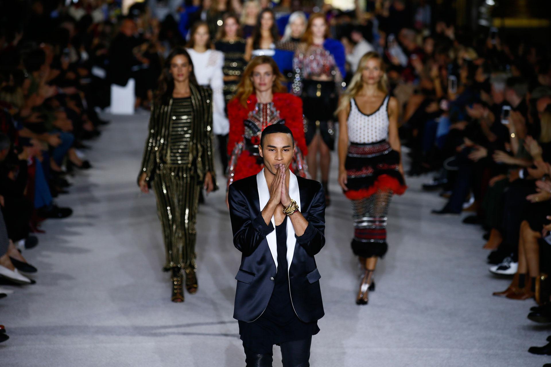 Emmanuel Diemoz, director creativo de la firma. En pasarela se adelantó al desfile de Victoria's Secret e invitó a los Ángeles a participar de su show (AP)