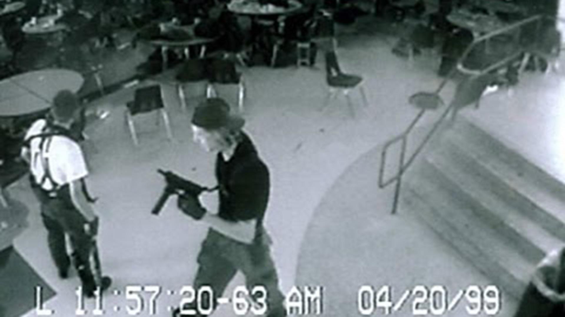 Dos adolescentes mataron a 12 compañeros de escuela y a un profesor en abril de 1999 (Foto: Archivo)